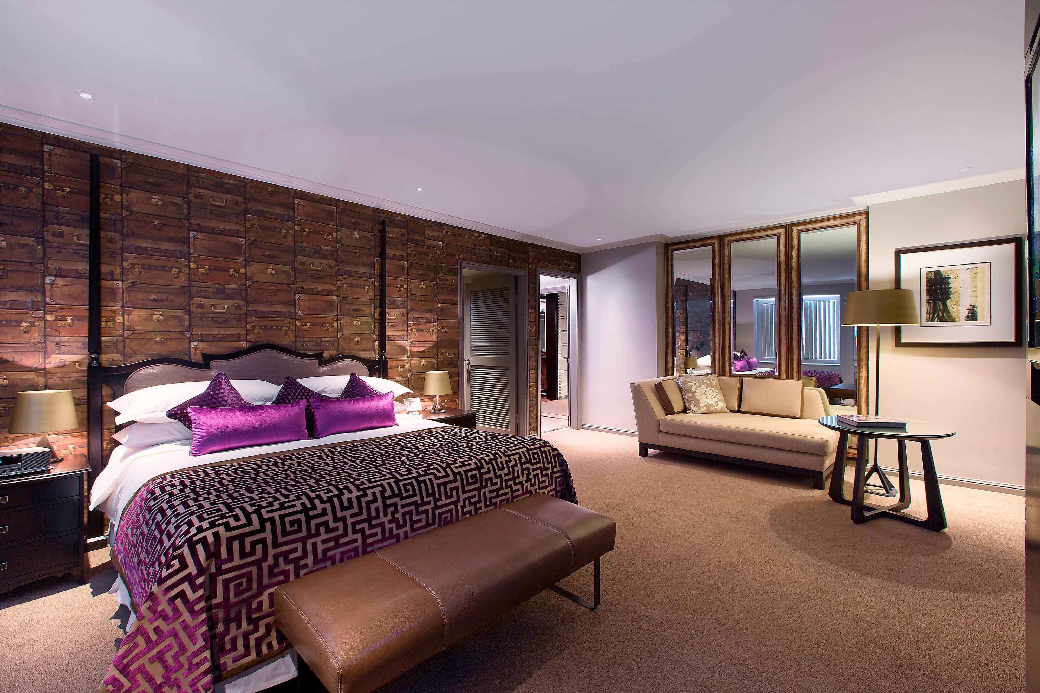 Ambassador Suite - Bedroom