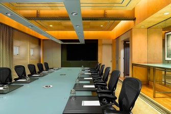 Heritage Boardroom with screen