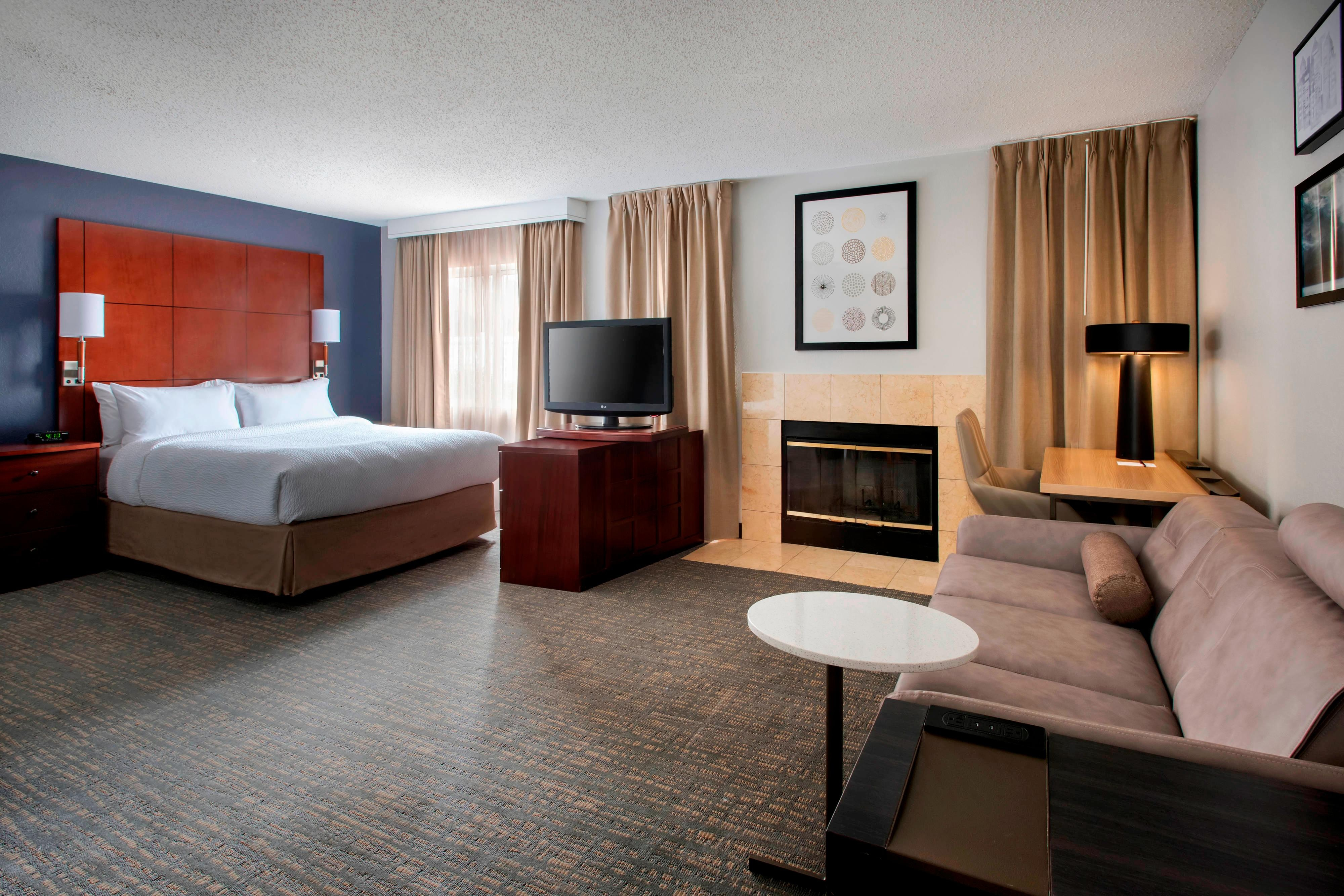 Hotels In East Syracuse Hotel Rooms
