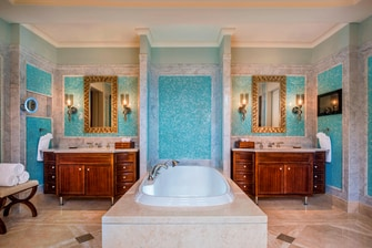 Beach Front Villa Bathroom