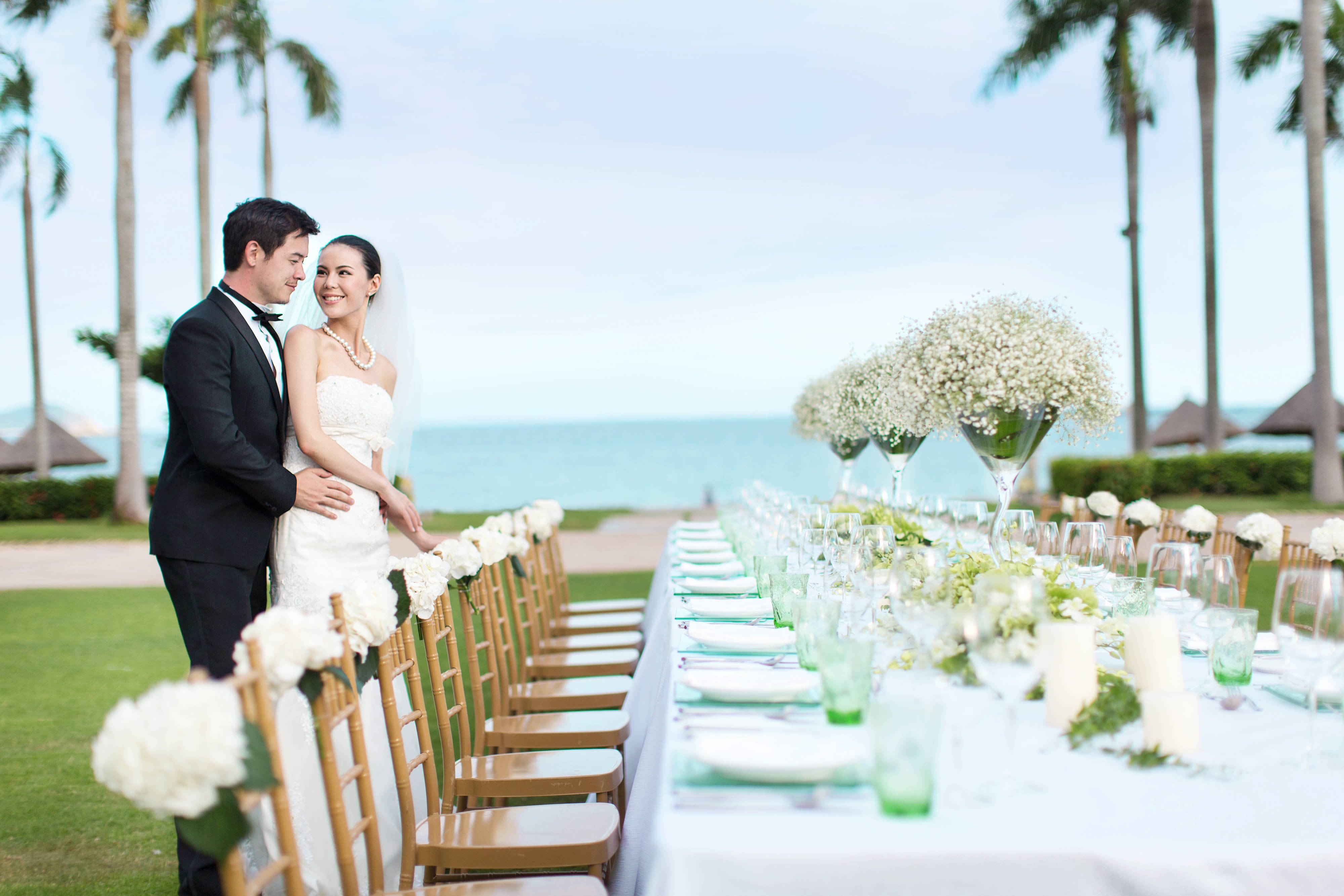 Beach weddings in Sanya