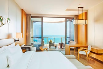 Deluxe Sea View King Room