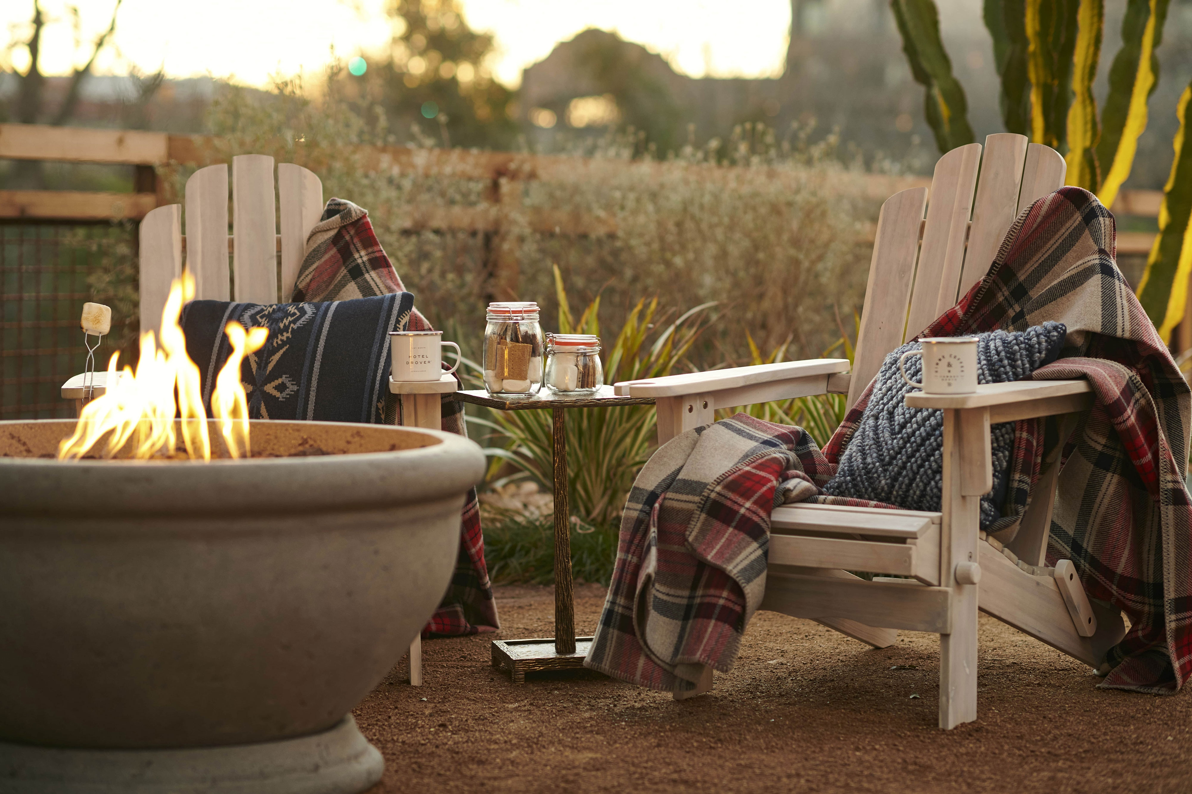 Hotel Drover Fire Pit