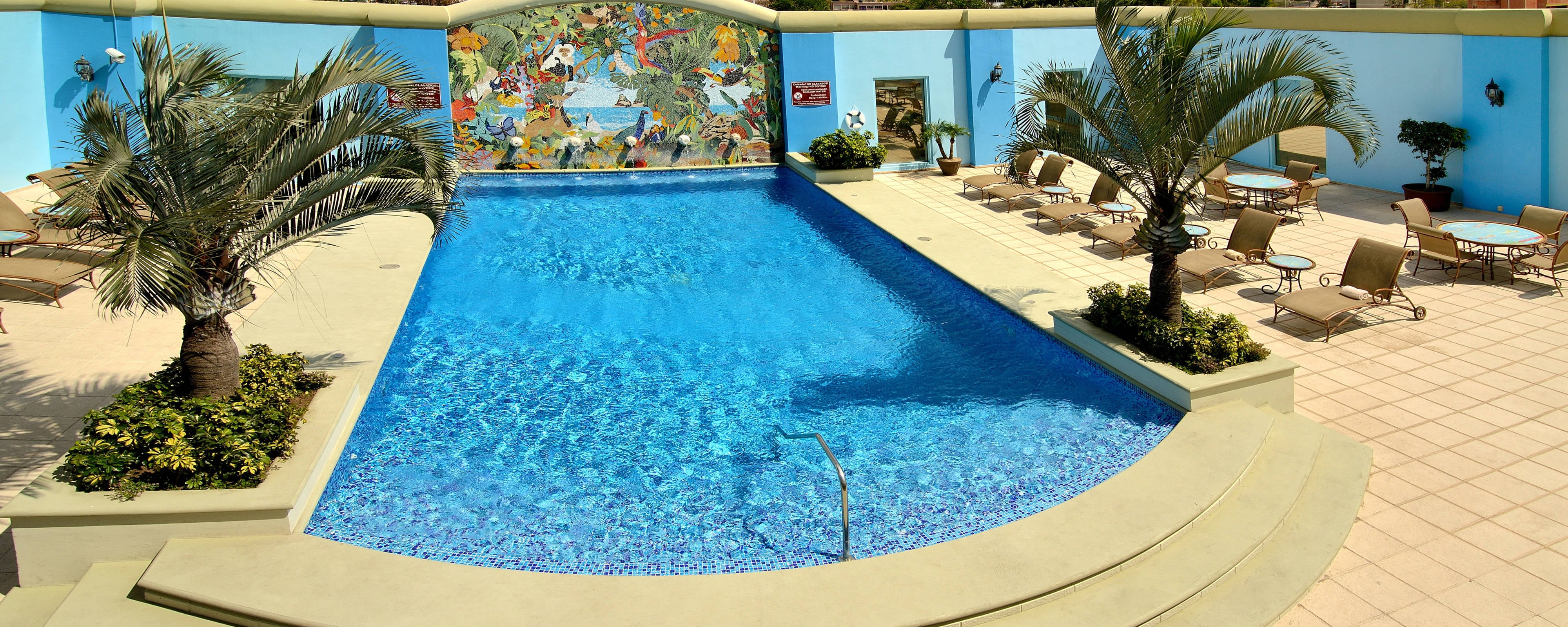 Hotel with Swimming Pool in Tegucigalpa