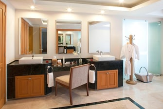 Bathroom at Presidential Suite