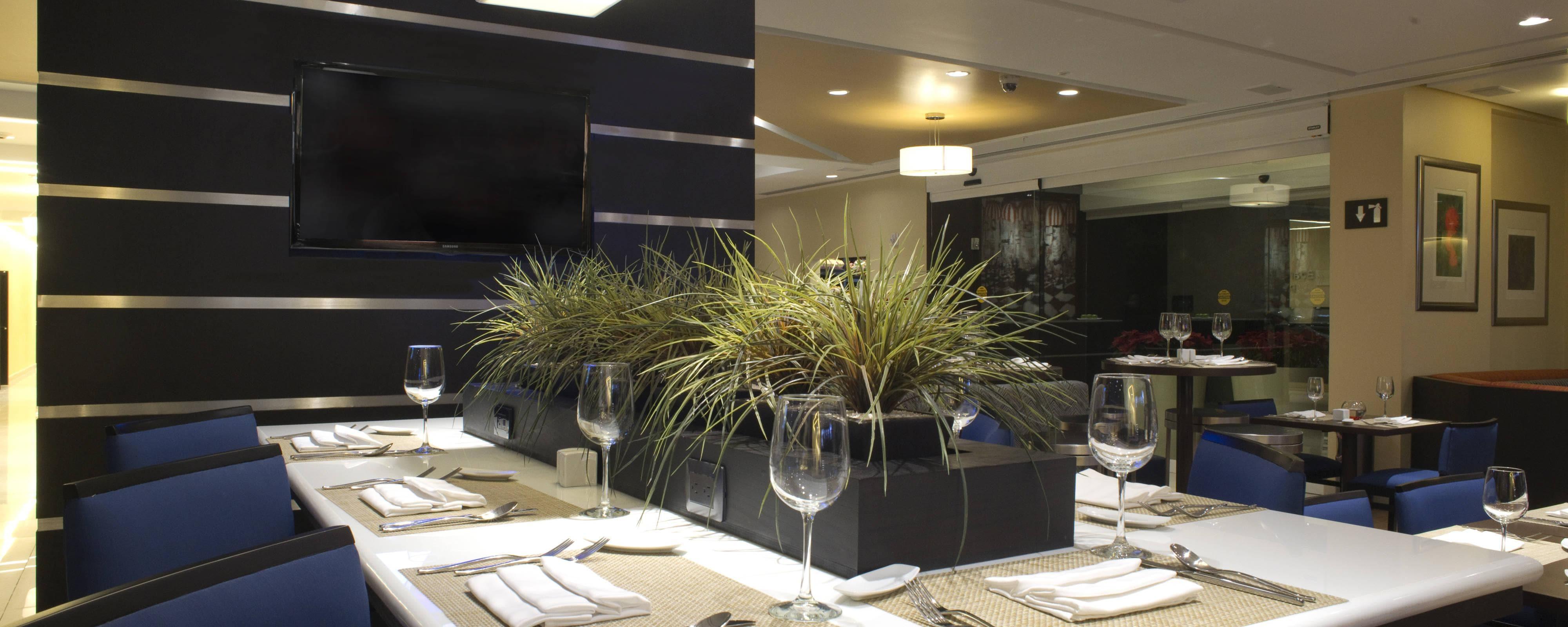 Table commune de l'hôtel de Toluca
