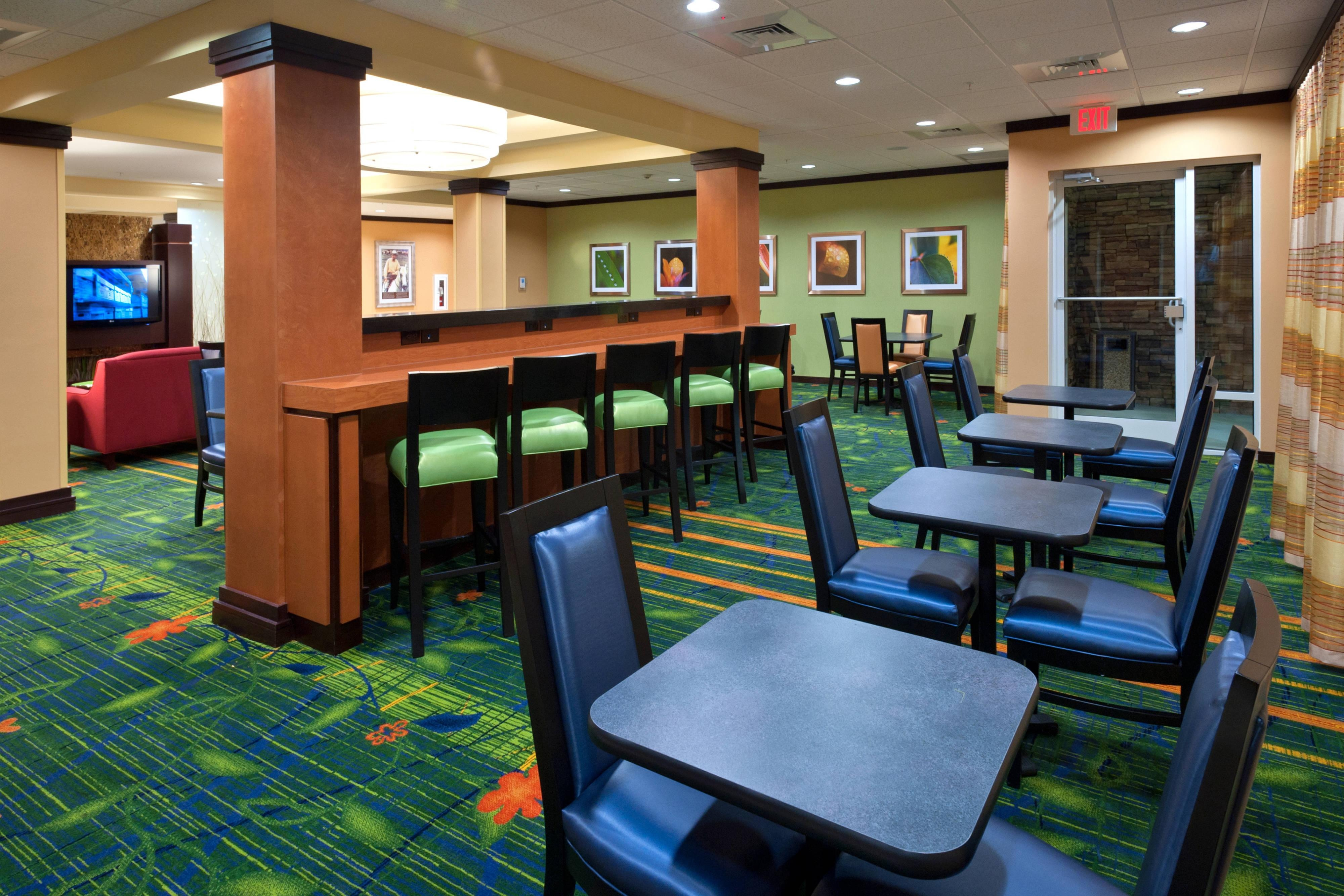 Dining Area - Tallahassee, FL hotel