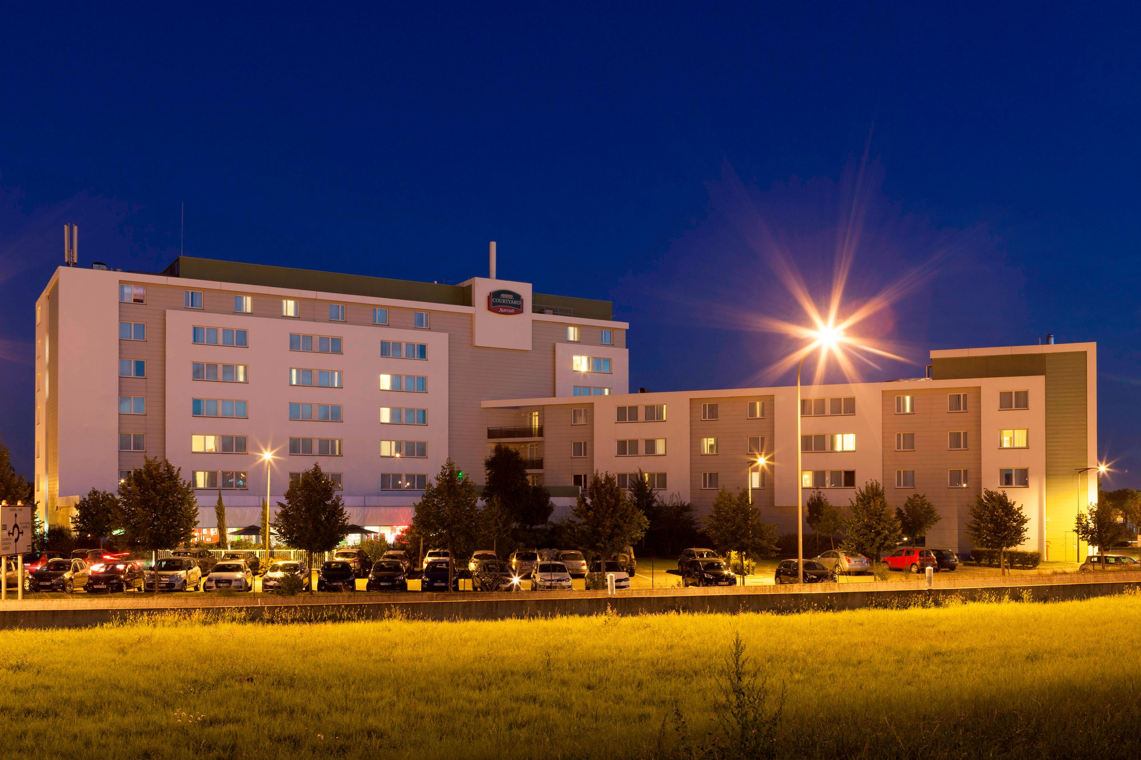 Toulouse Airport hotel exterior