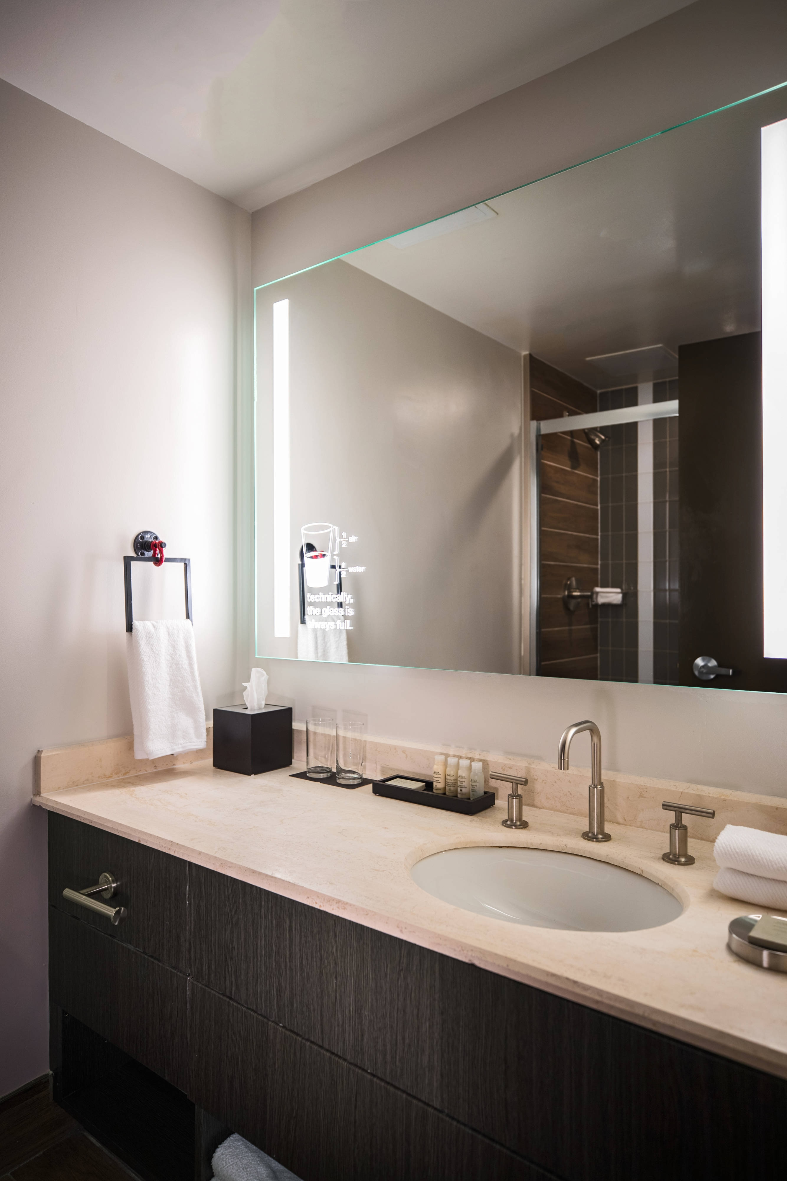 Hotel Guest Room: Downtown Hotels In Toledo, Ohio