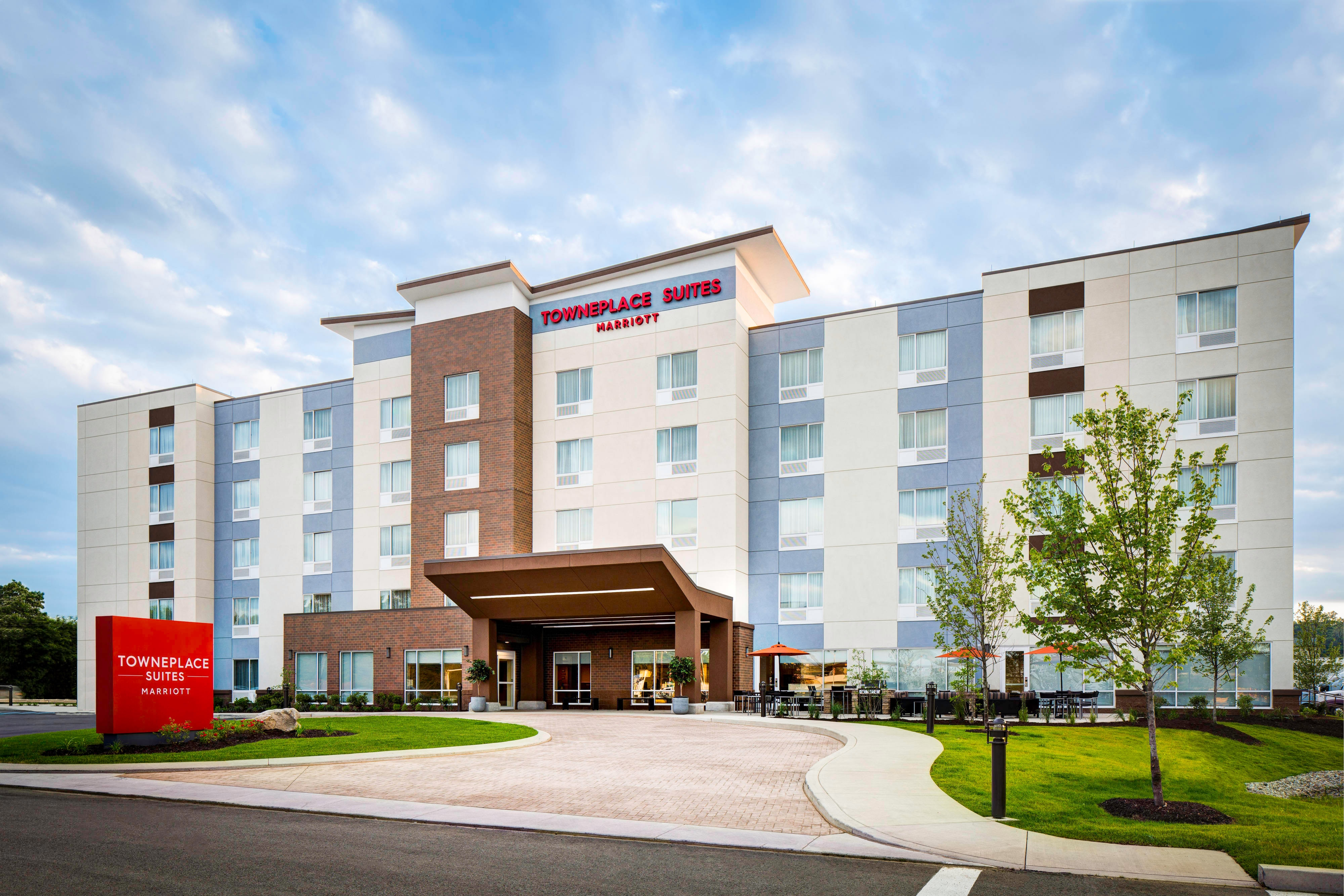 TownePlace Suites Hotel