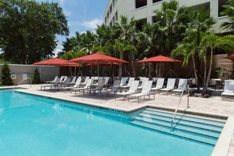 Tampa hotel with pool