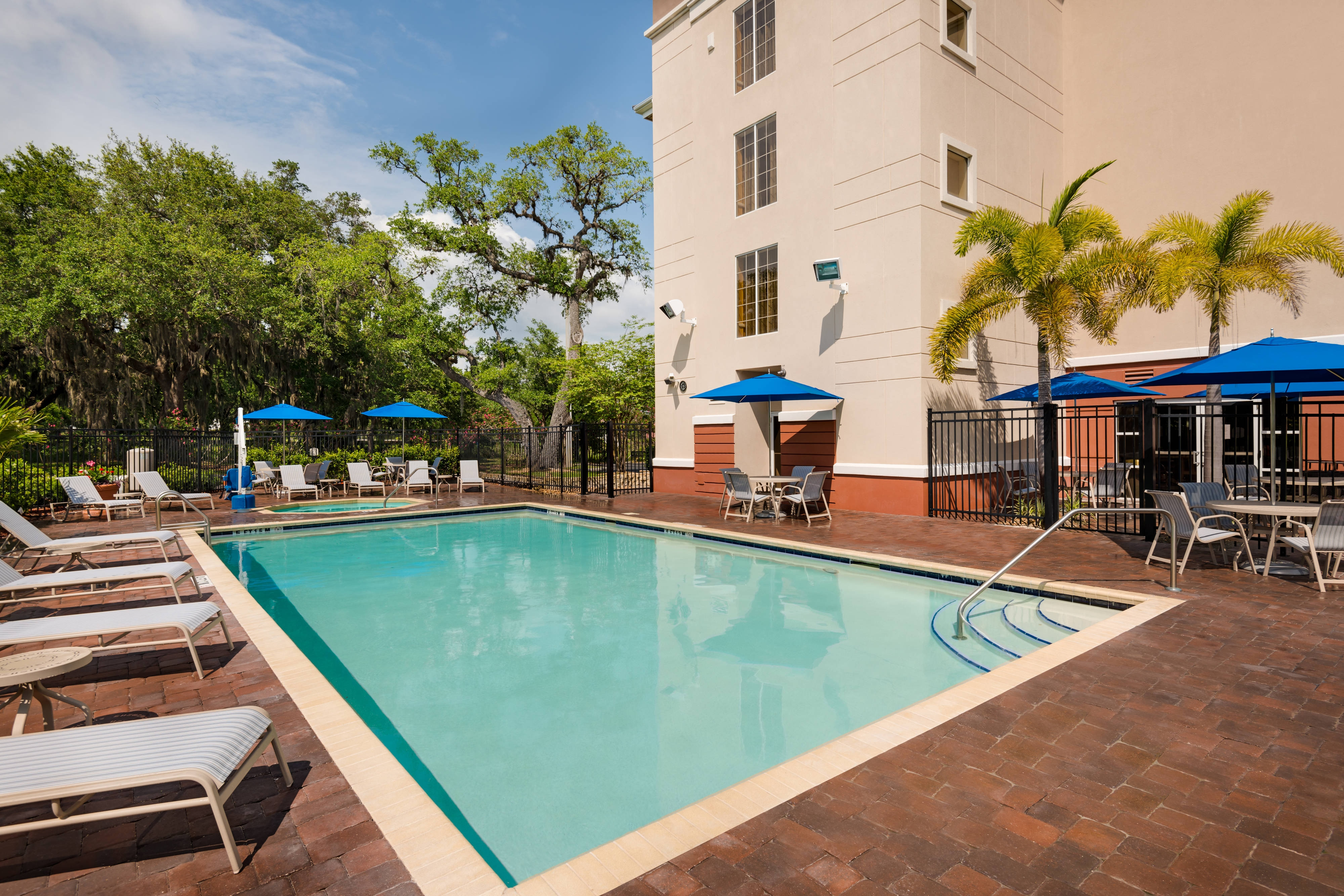 Clearwater hotel with outdoor pool
