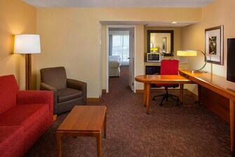 Queen/Queen Executive Suite
