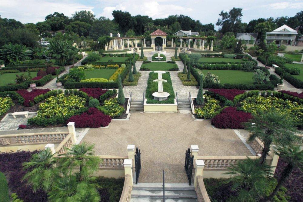 Hollis Garden – Lakeland Residence Inn