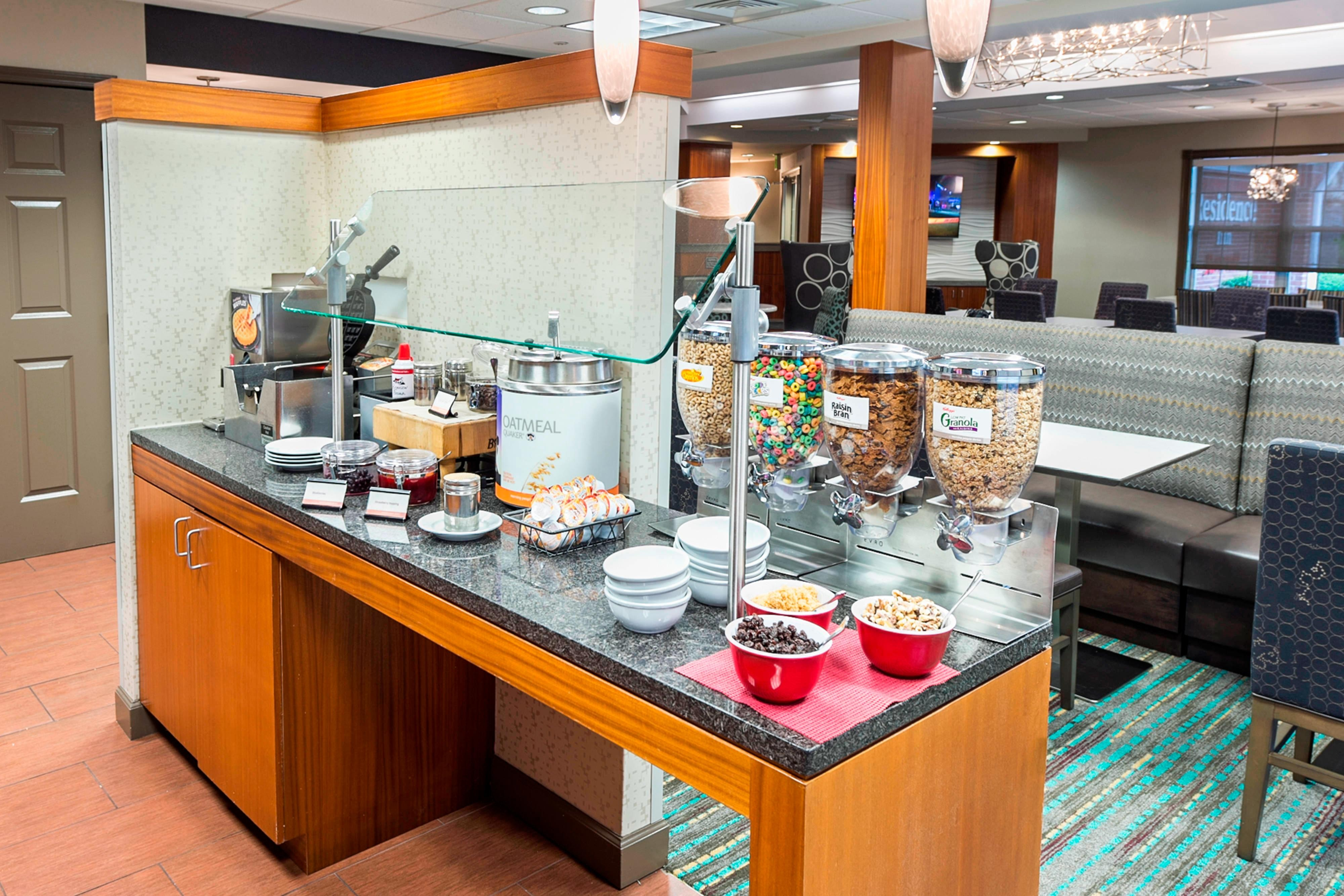 Residence Inn Lakeland breakfast buffet