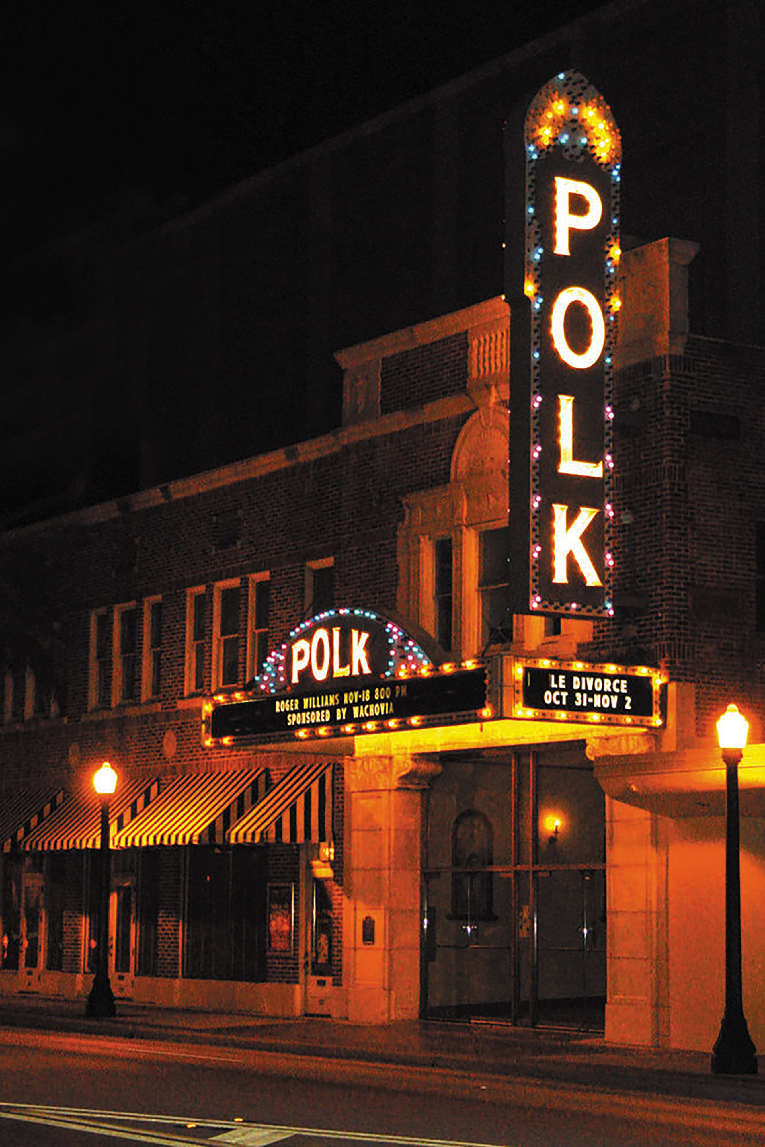 Polk Theatre – Lakeland Courtyard