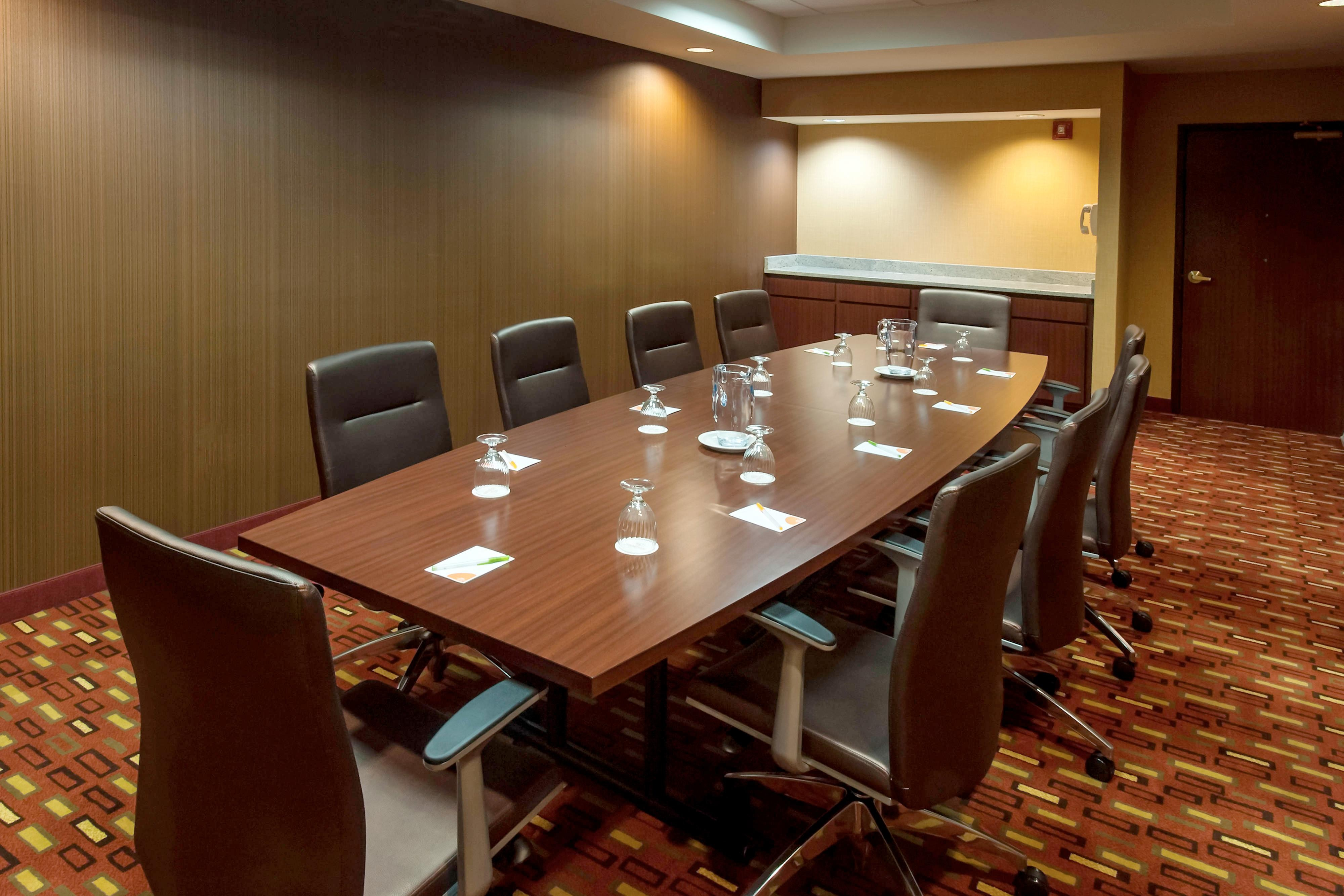Boardroom - Lakeland FL hotels