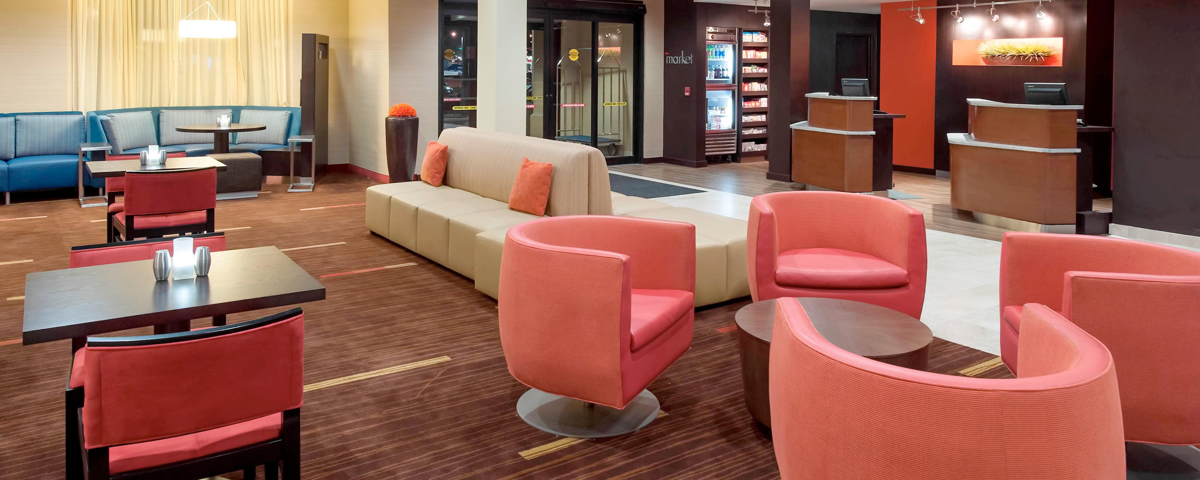 Lobby Seating - Lakeland FL hotels
