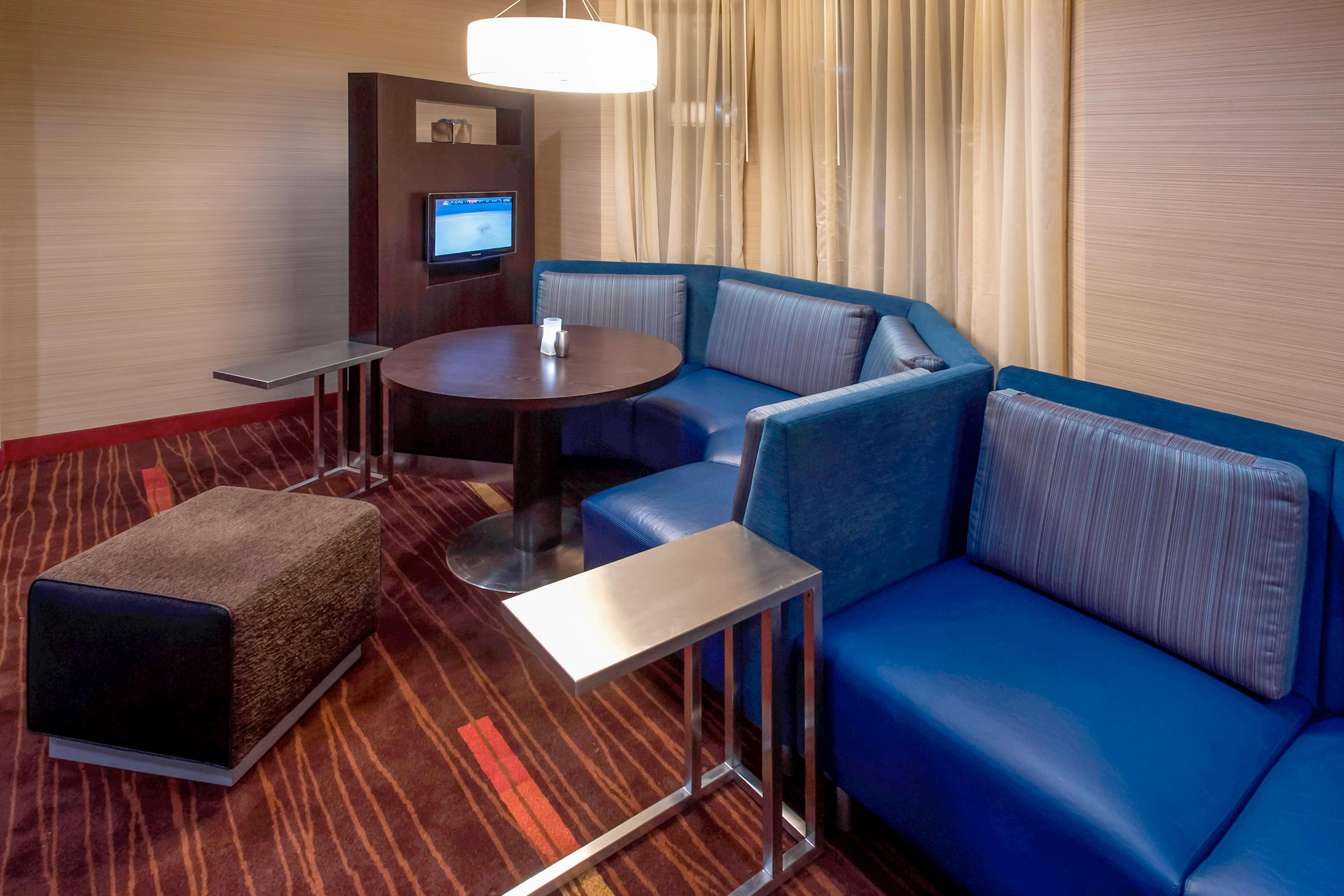 Media Pods - Lakeland FL hotels