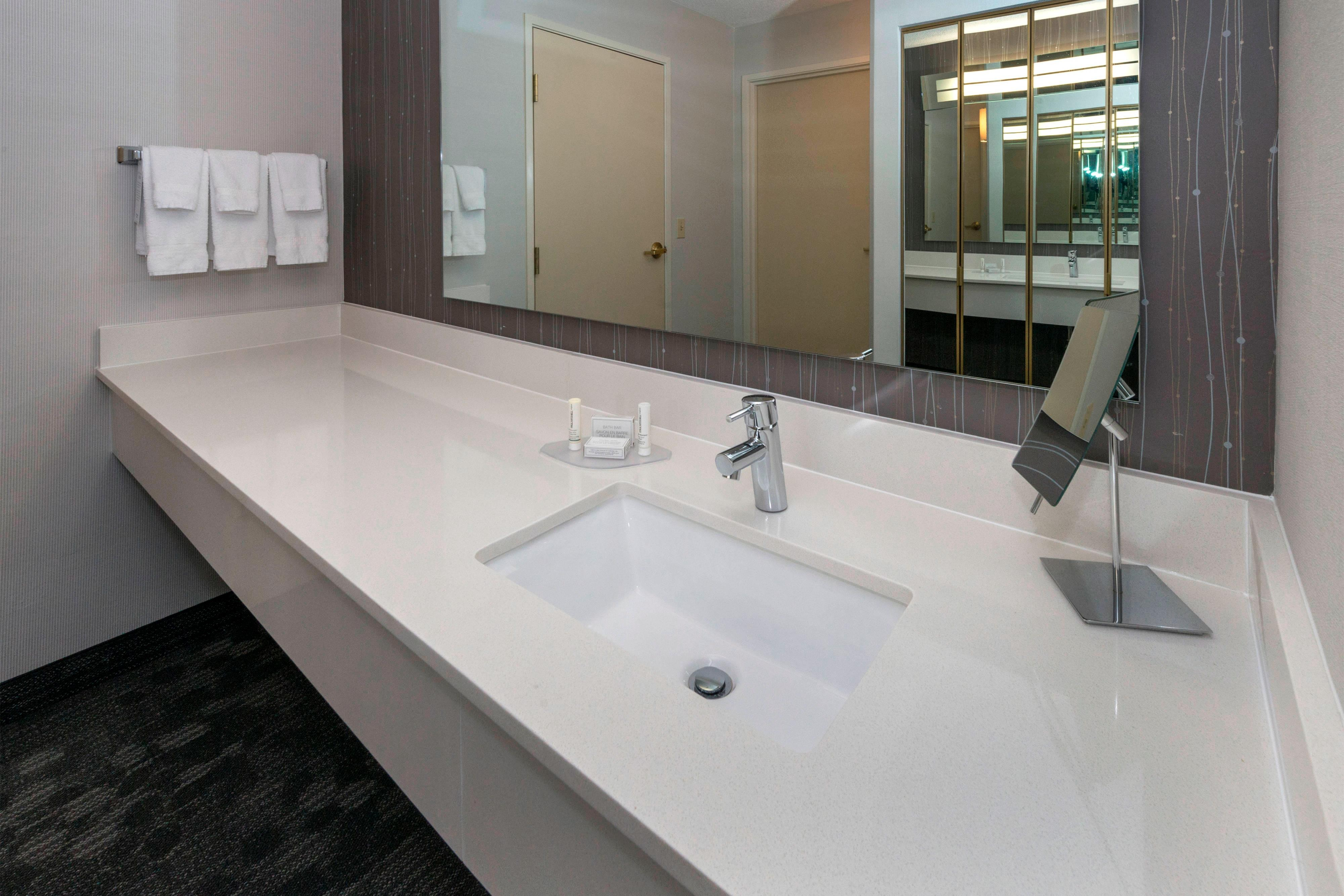 Lakeland Suite Bathroom Vanity