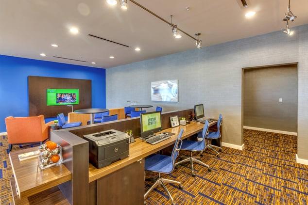 Marriott Madeira Beach Hotel Business Center