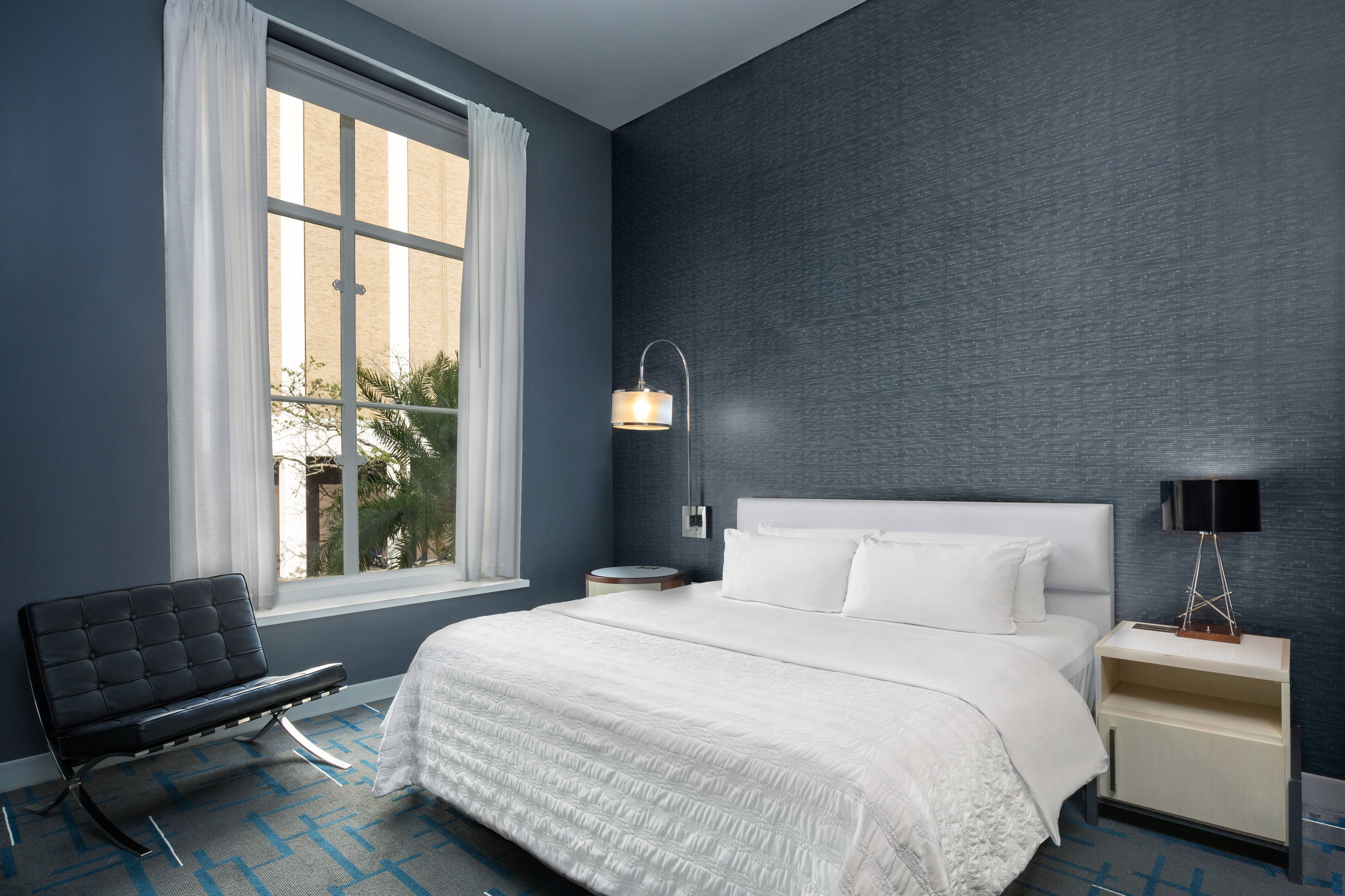 Deluxe-Gästezimmer mit Kingsize-Bett