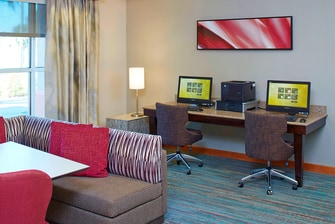 Clearwater extended-stay hotel business center