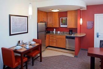 Clearwater Florida hotels with kitchenettes