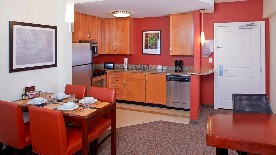 Minicocina del hotel en Clearwater, FL