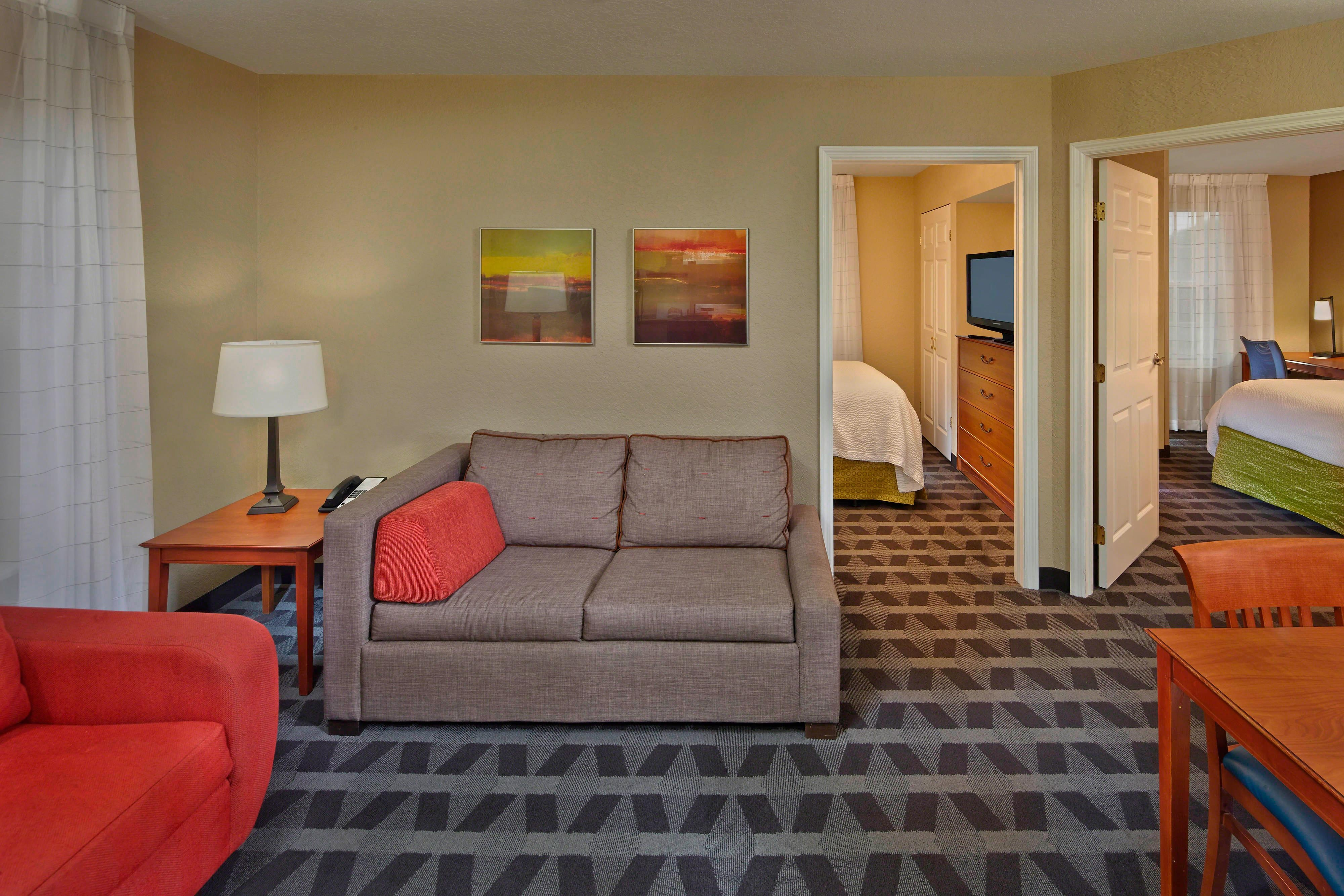 Towneplace Suites St Petersburg Clearwater Hotel Amenities Hotel Room Highlights