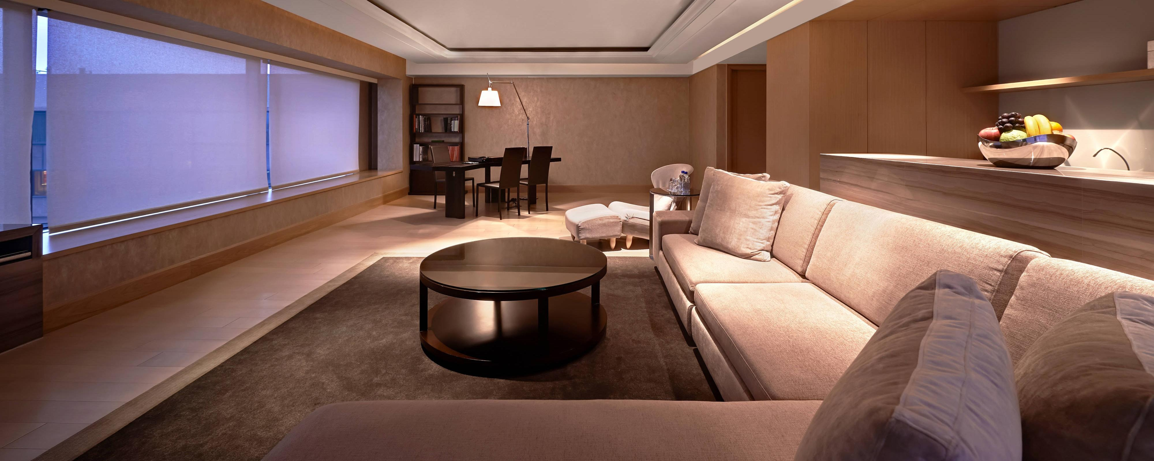 Presidential Suite - Family Room