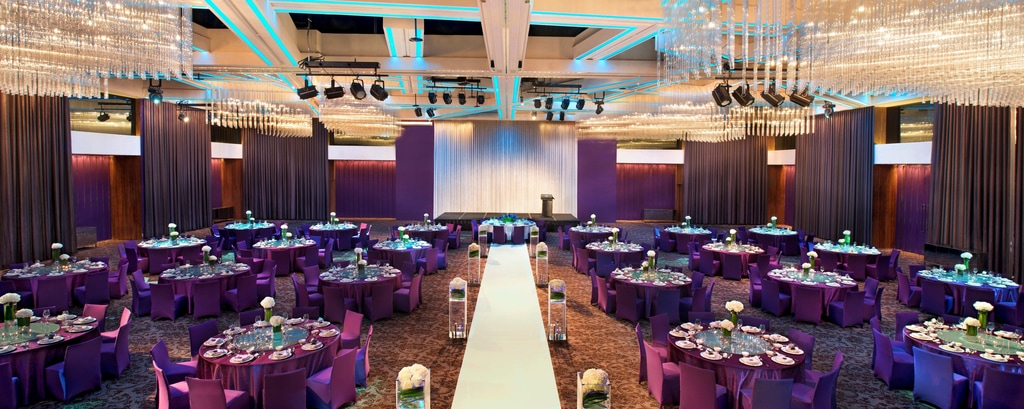 Mega Room―Wedding Banquet Setup