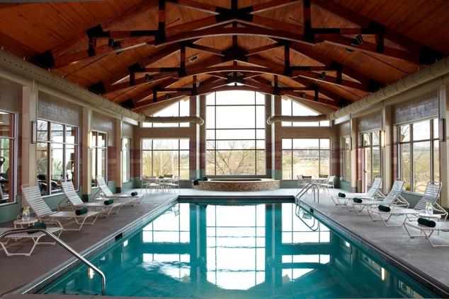 MeadowView Marriott Indoor Pool