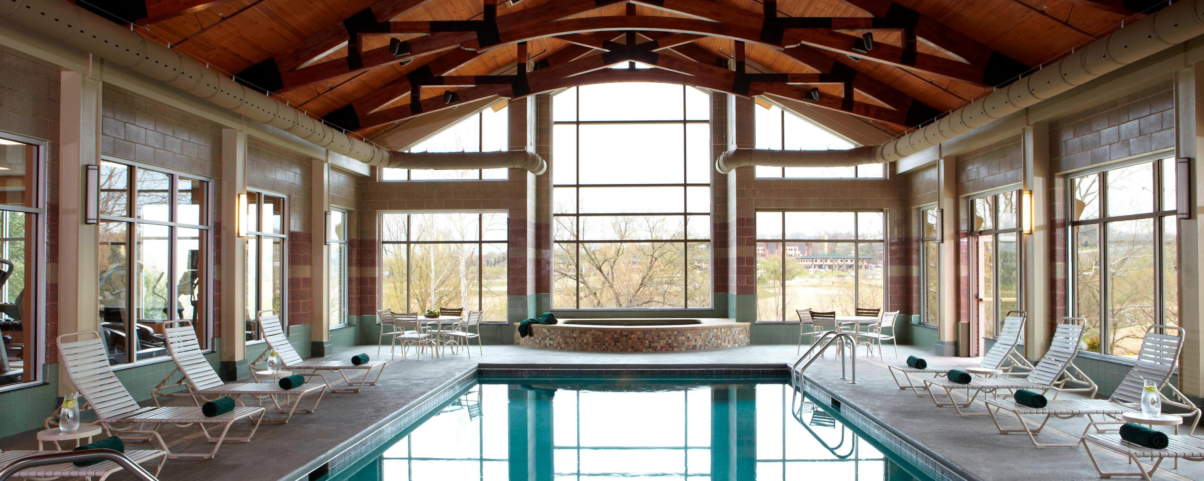 MeadowView Marriott Indoor Pool
