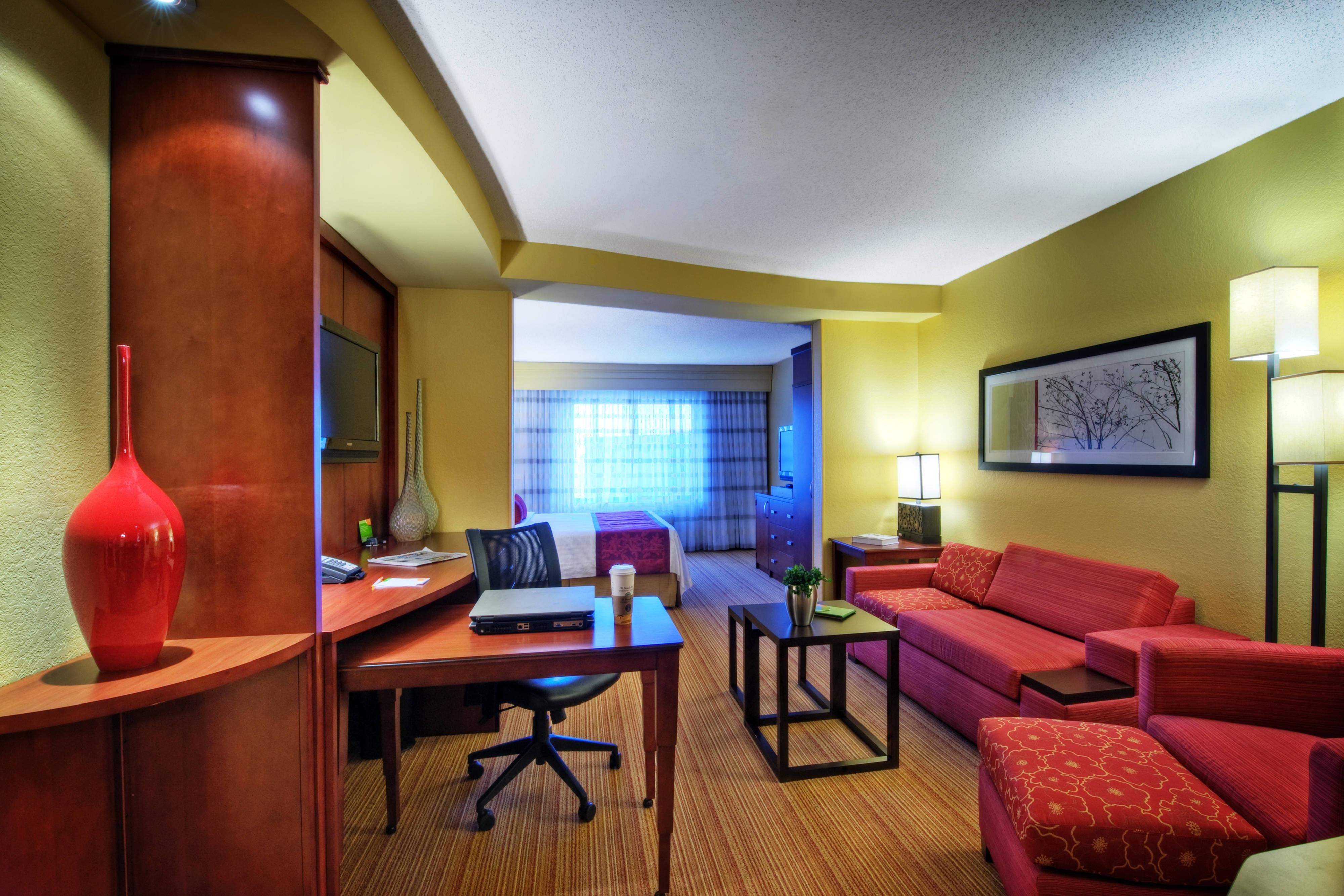 King Studio Suite - Johnson City TN hotels