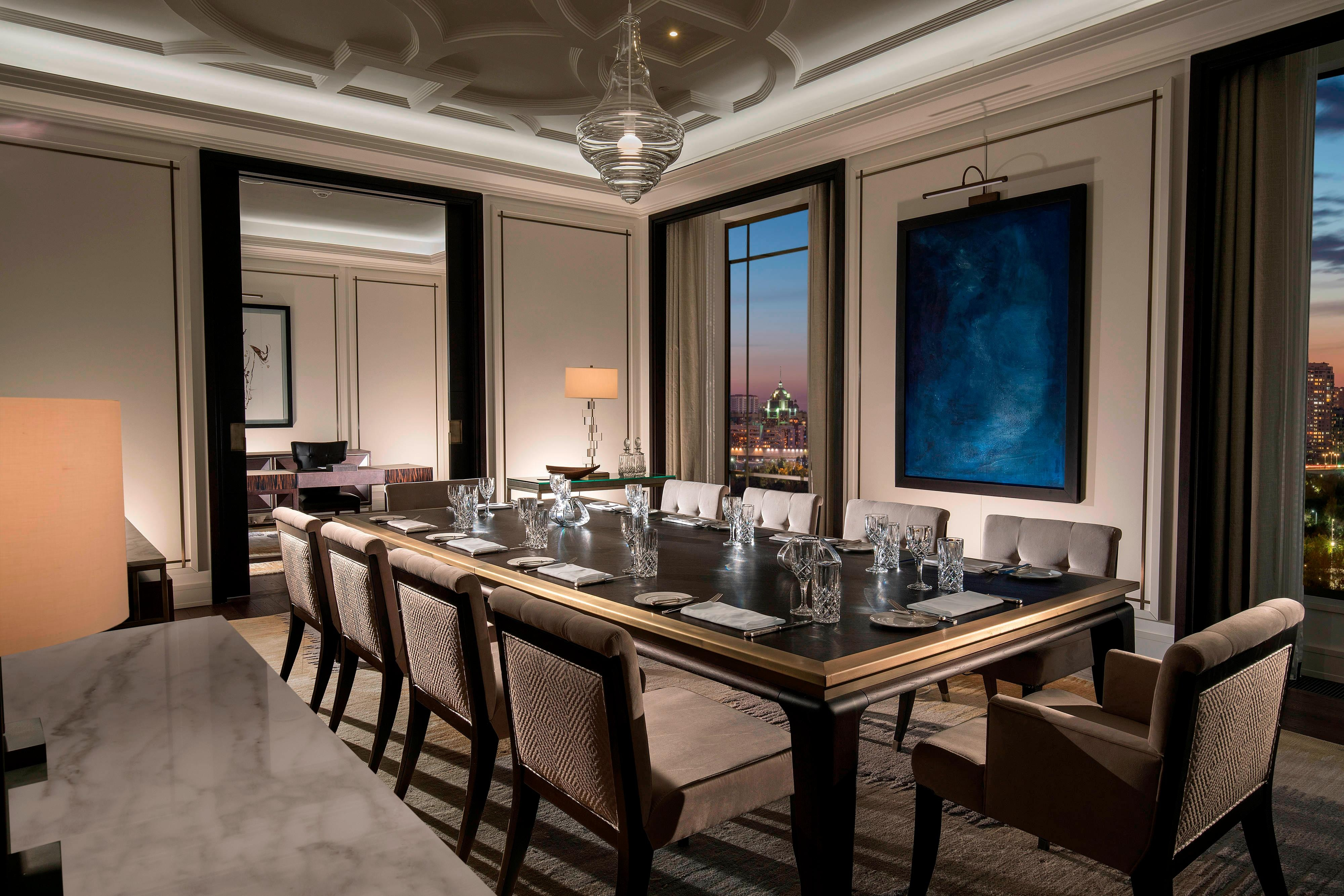 Presidential Suite - Dining Room and Study