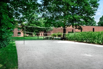 Princeton resort with volleyball court