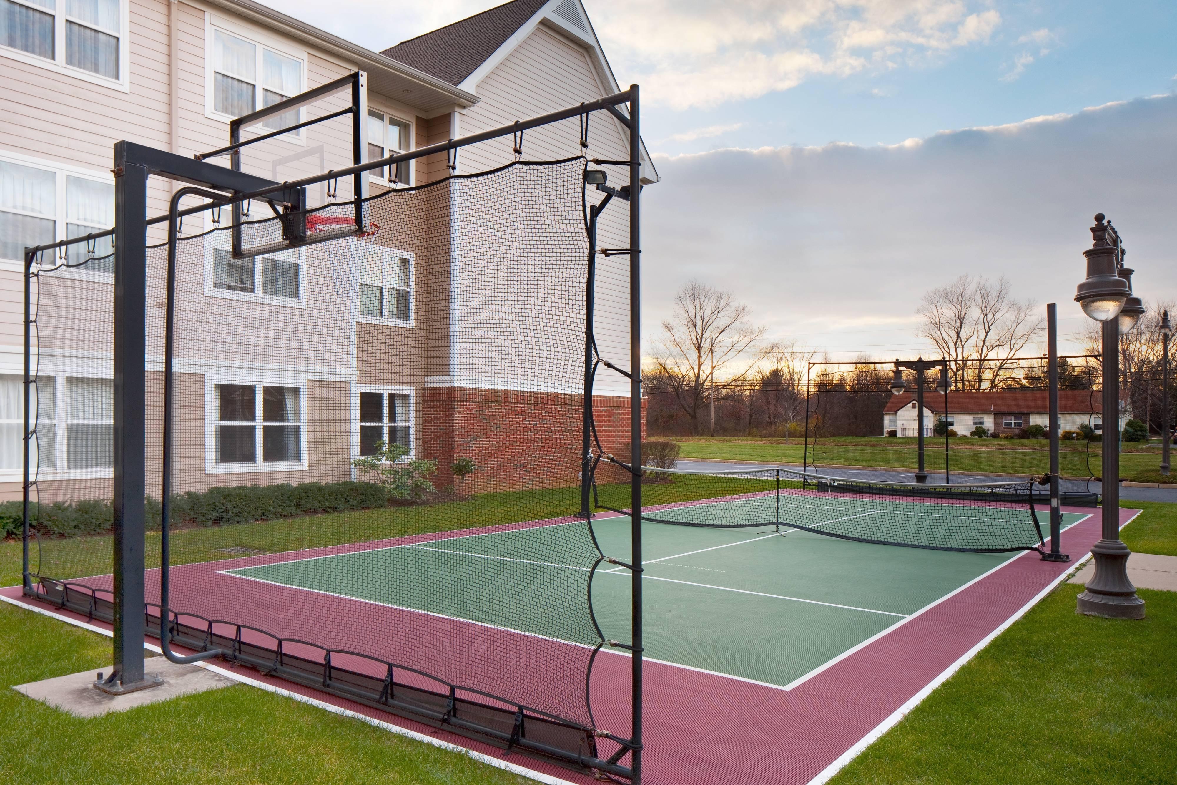 Cranbury NJ Suites Outdoor Area