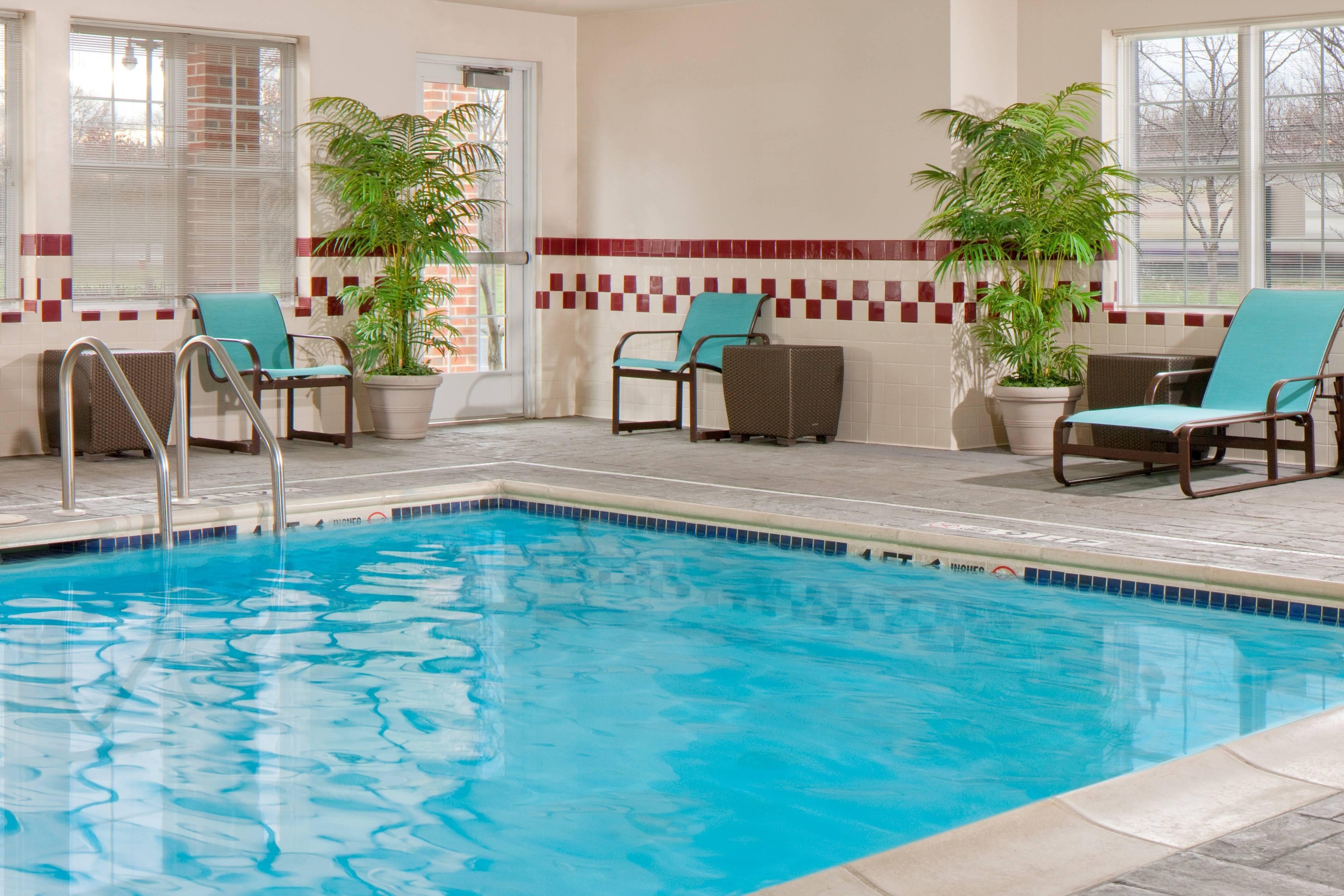 Hotel Suites Pool Cranbury NJ
