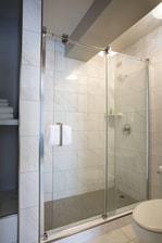 Ambassador Hotel Tulsa - Bathroom