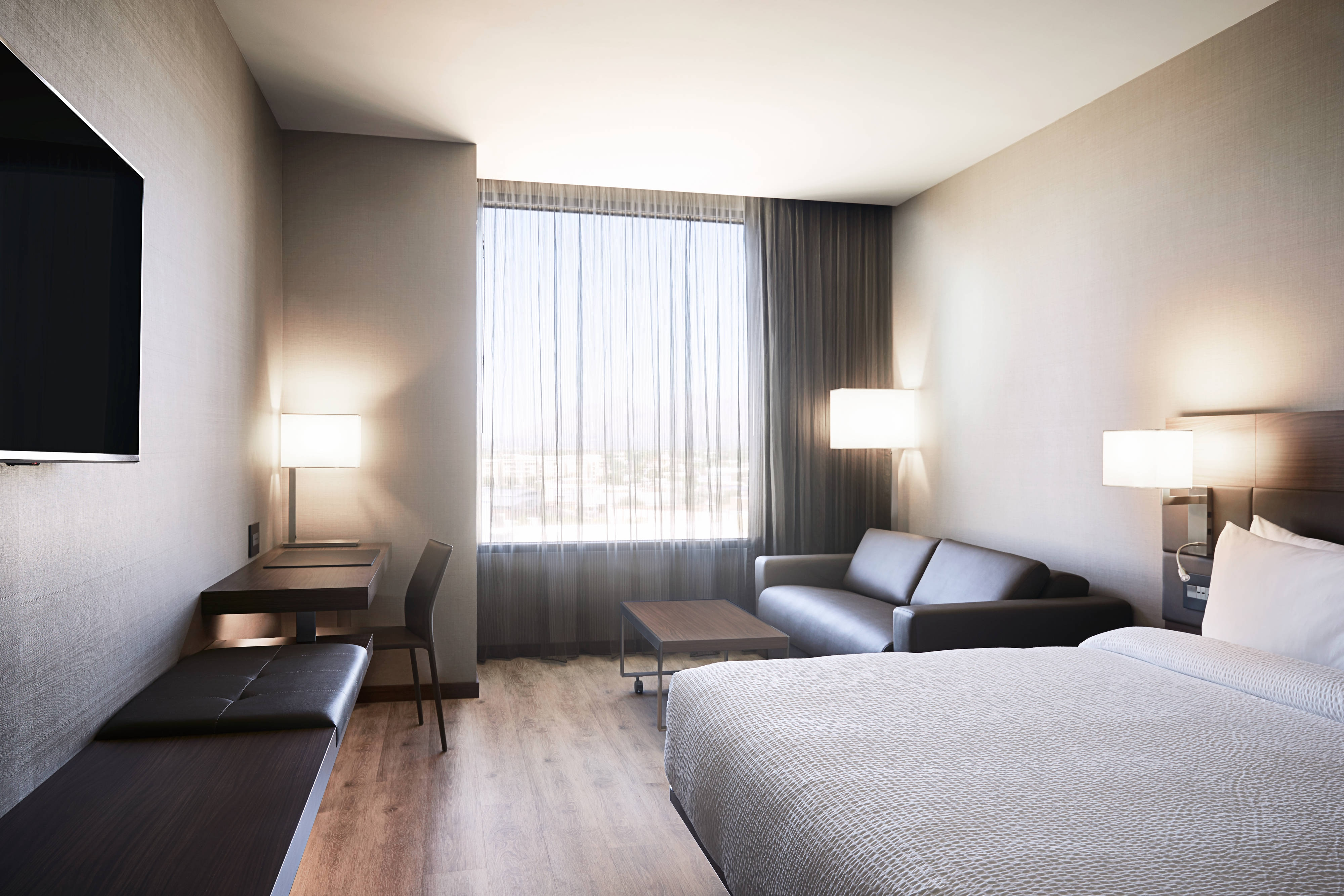 AC Hotel Tucson Downtown hotel amenities | Hotel room highlights