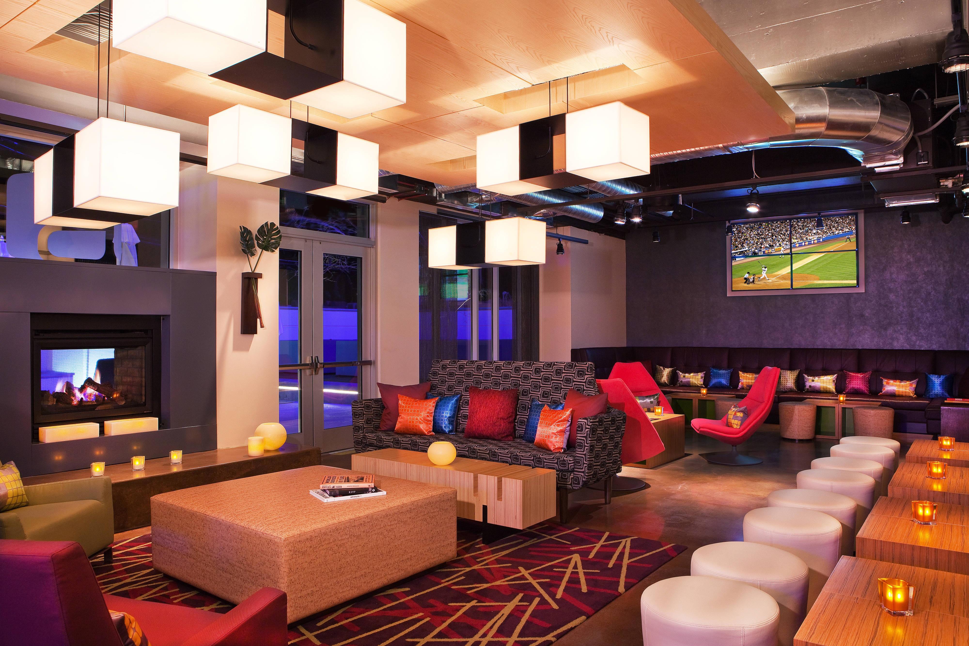 RemixSM lounge