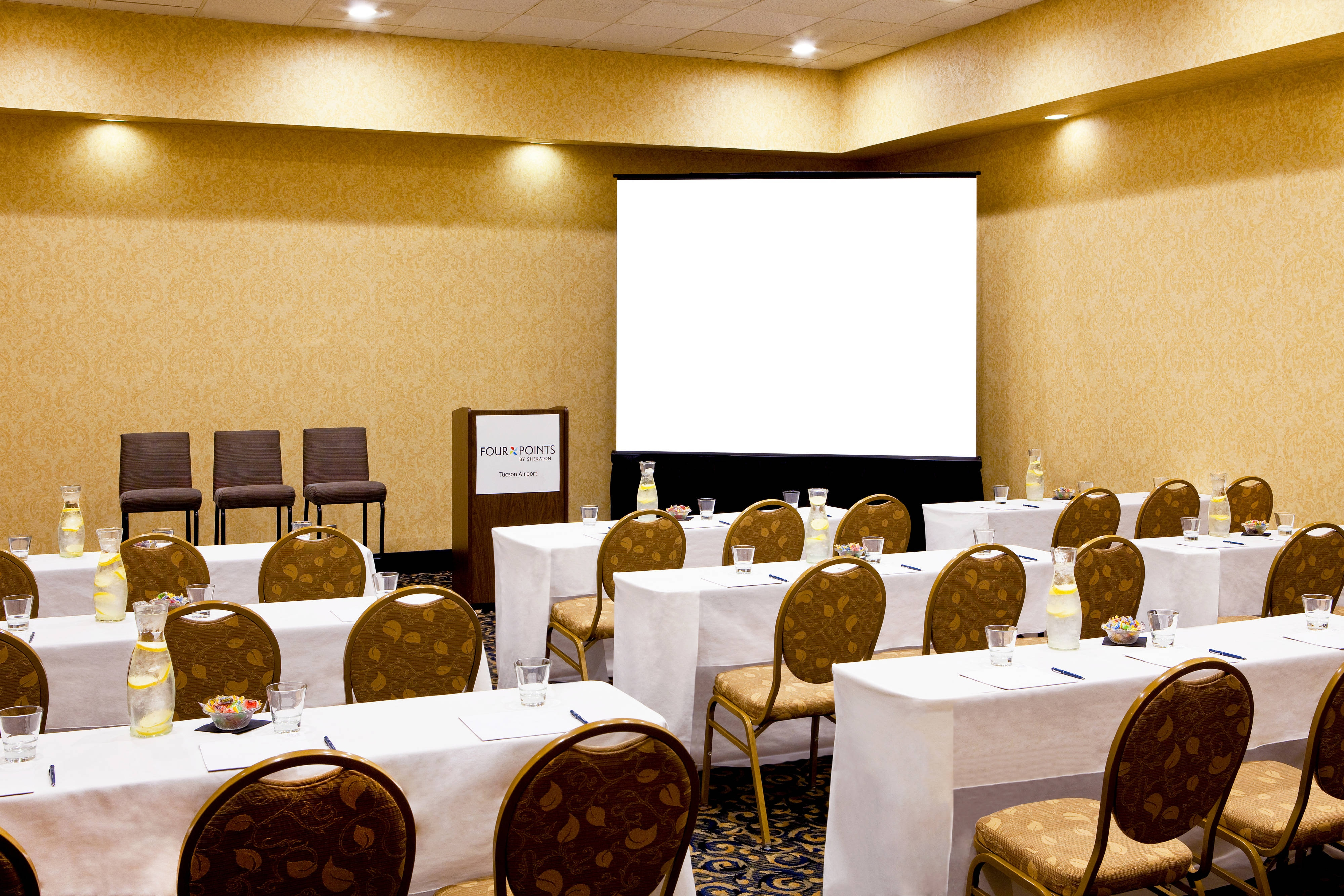 Corporate Meetings and presentations for up to 200