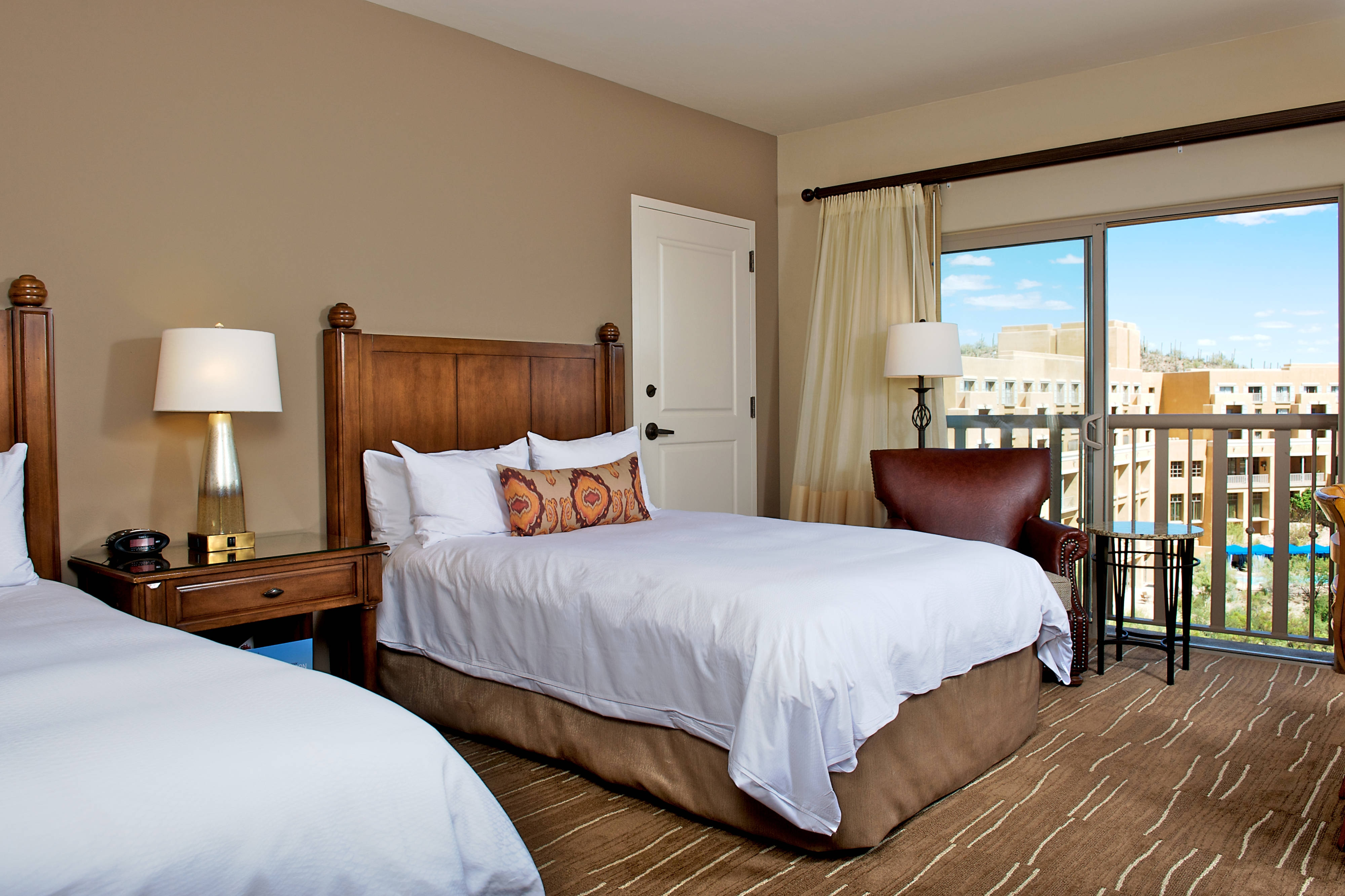 Guest Room JW Marriott Tucson
