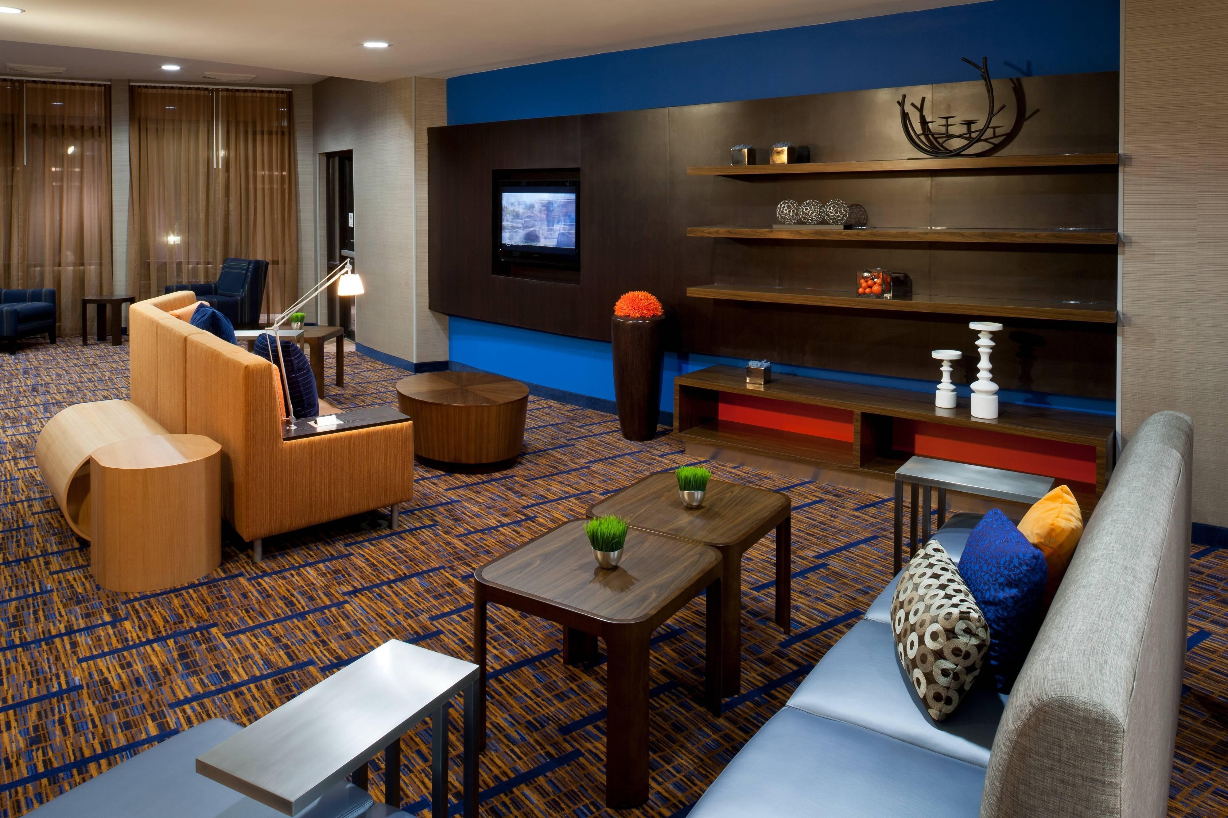 Hotel Lobby – Texarkana, TX hotels