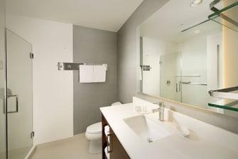 Tyler Texas Hotel Bathroom