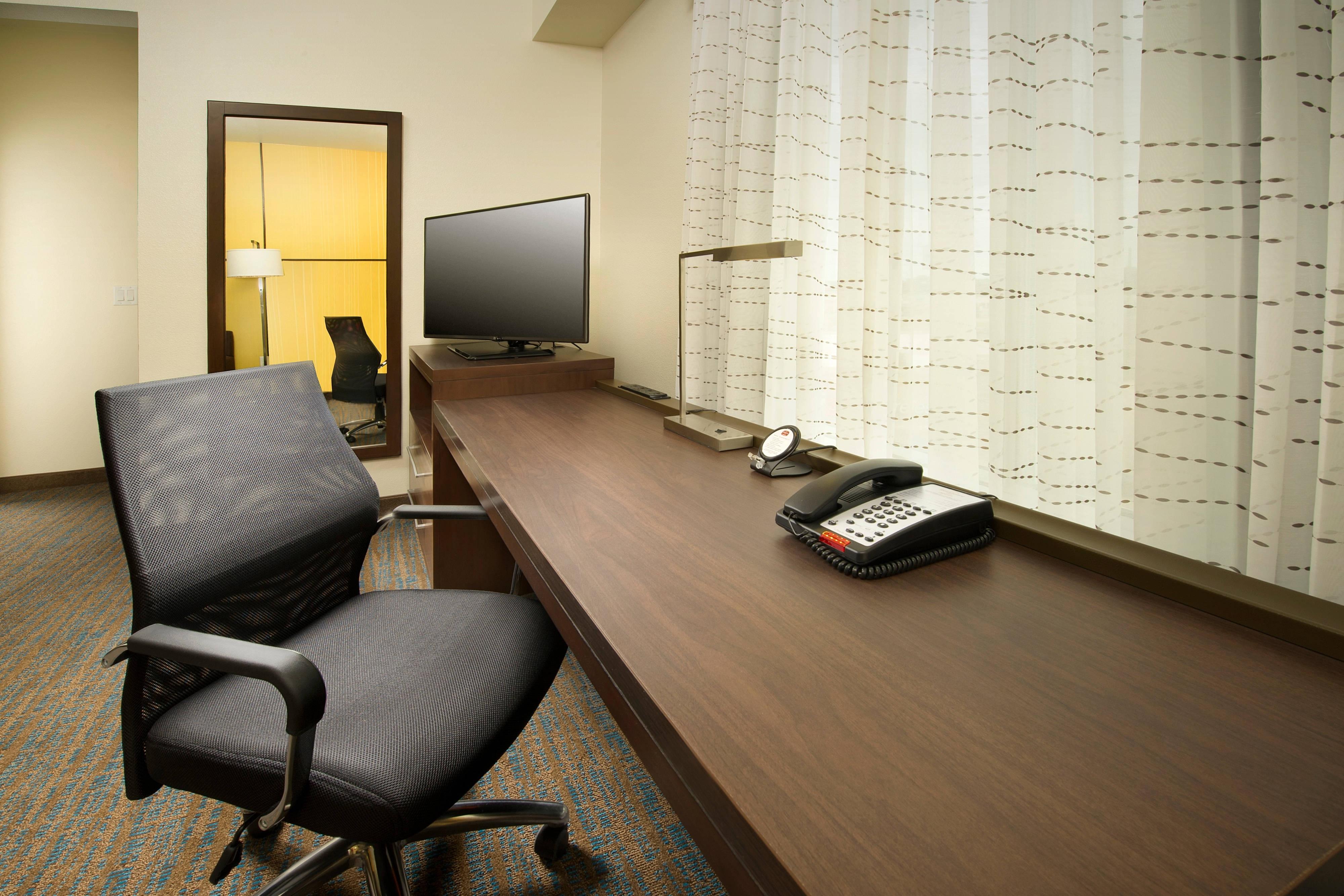 Tyler Texas Hotel Desk Area