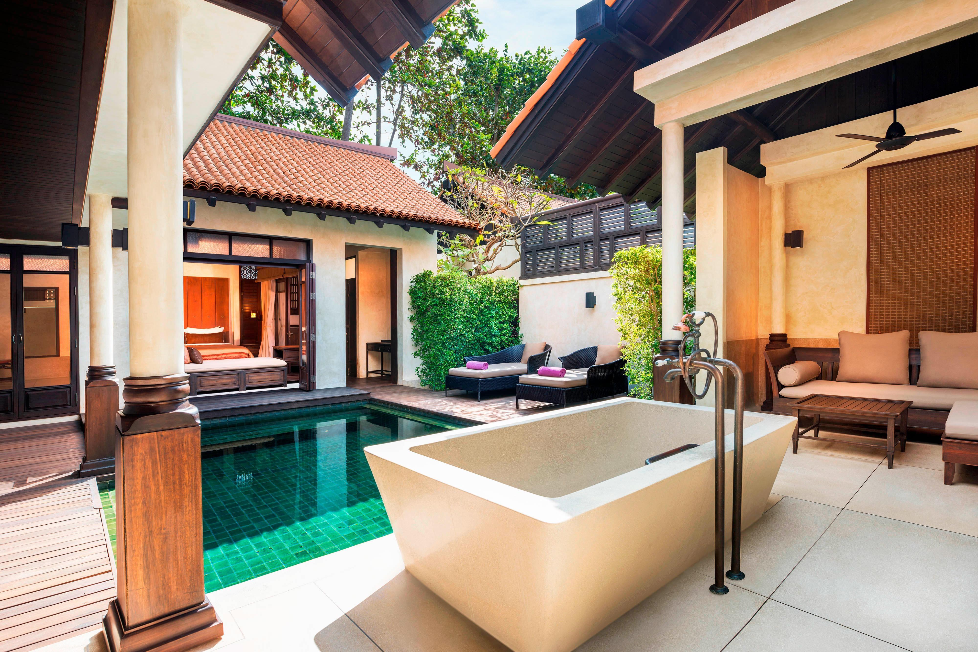 Villa mit Pavillon und Pool
