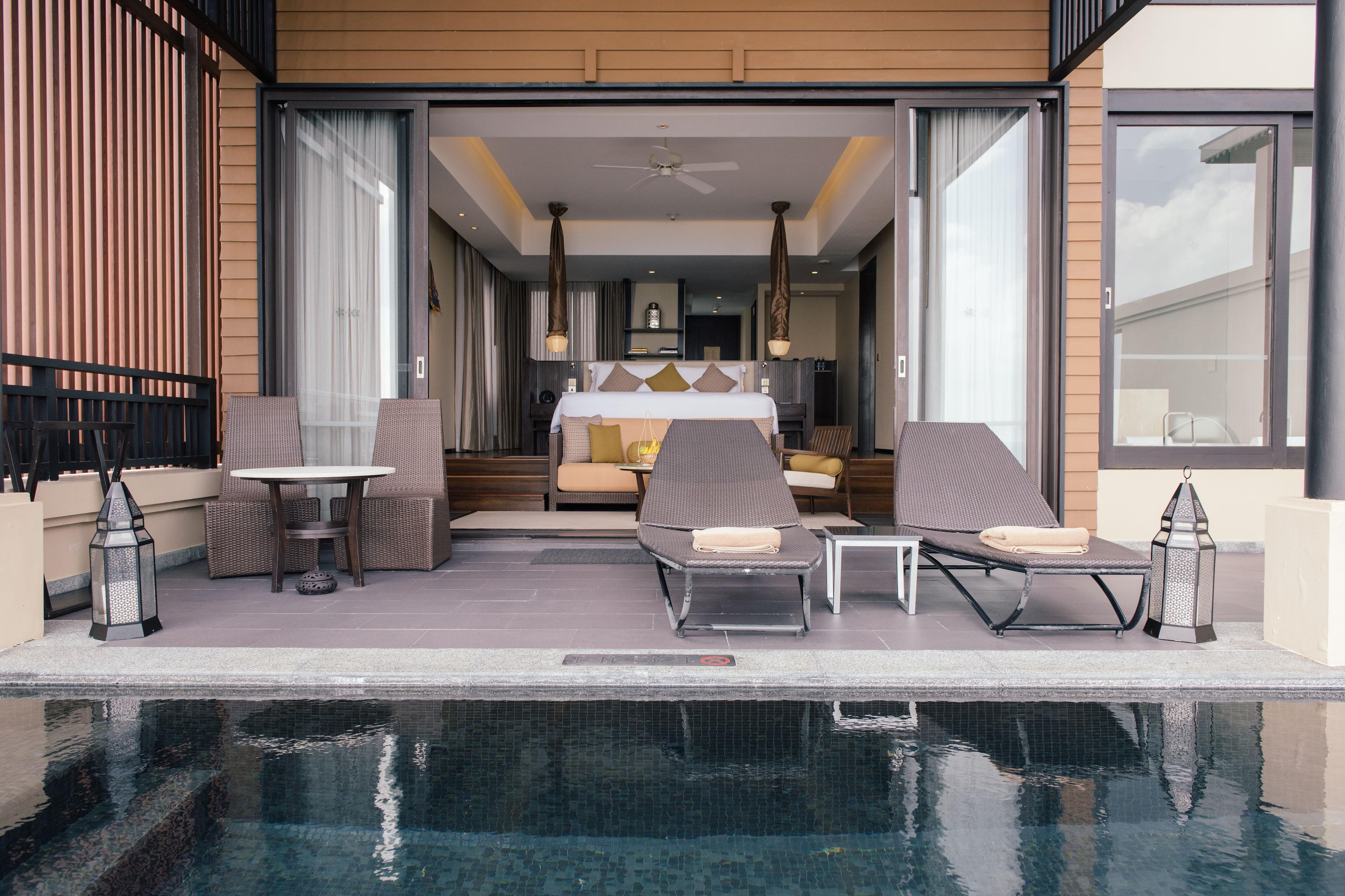 Люкс Grand с двуспальной кроватью (King) и бассейном
