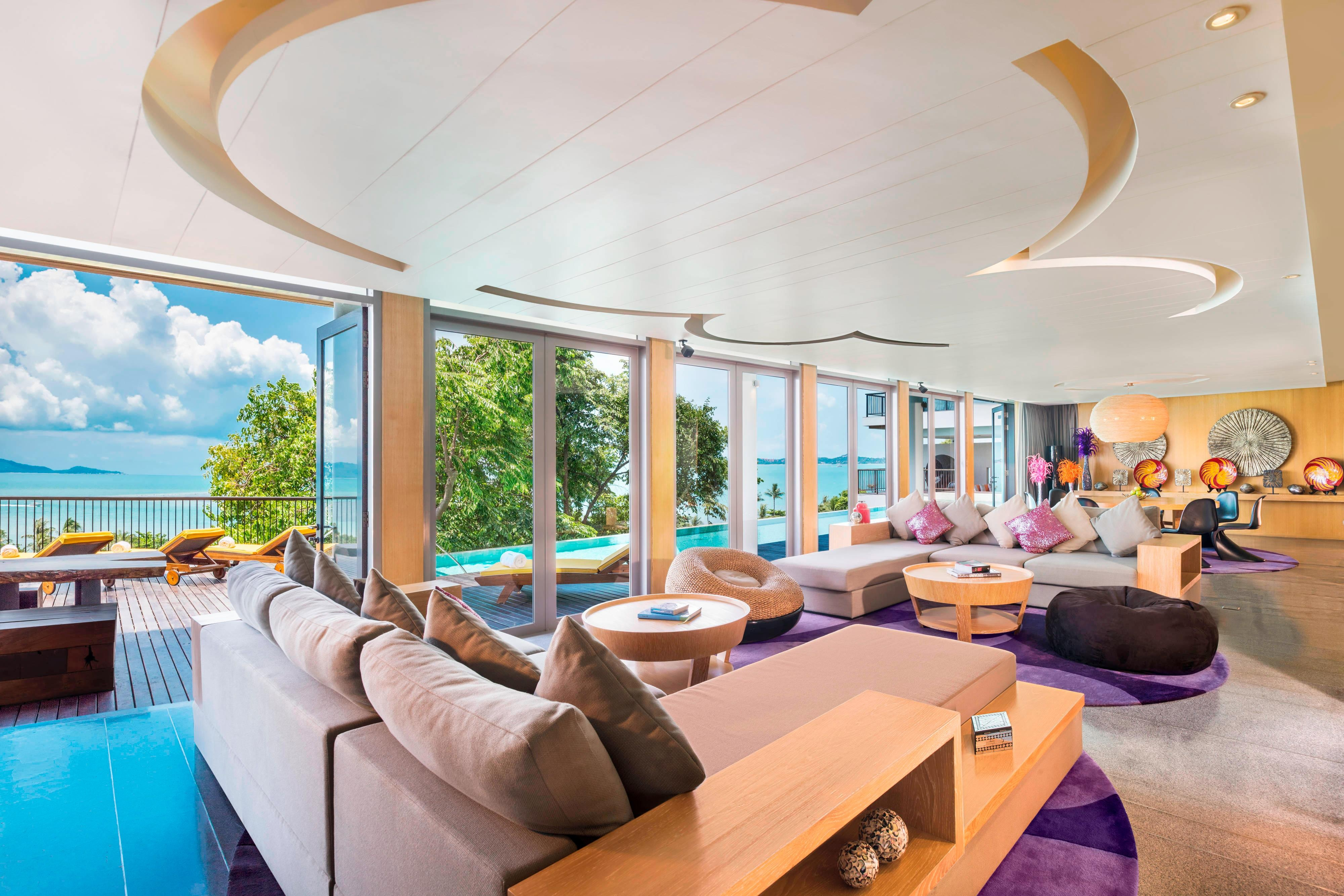 Extreme WOW Ocean Haven Living Room